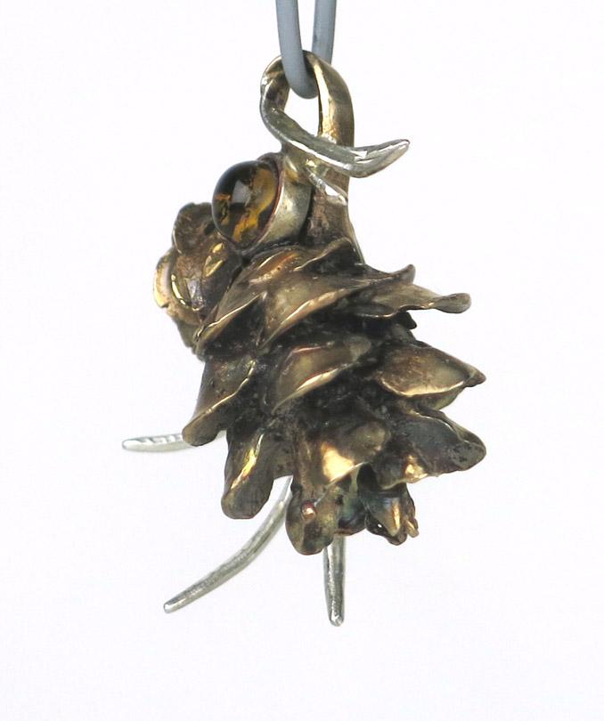 Pine cones side72.jpg