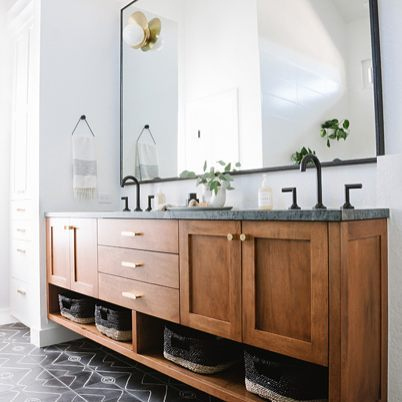 This bathroom designed by @samgluck is fantastic! The floating vanity is beautiful and I adore the tile on the floor. I love that the lines look like they were drawn on with chalk. So cool!  #interiordesign #interiordesigninspiration #interiordesigninspo #interiorinspiration #interiorinspo #design #designinspiration #designinspo #bathroomdesign #bathroominspiration #bathroominspo #bathroomsofinstagram #bathroomsofinsta #floatingvanity