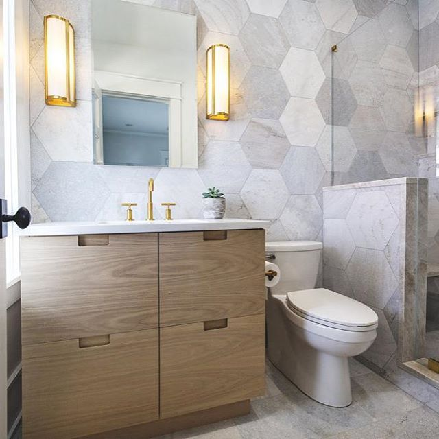 This bathroom designed by @saltdesignco is fantastic! I adore the large hexagon tiles. Such a wonderful, unique space!  #interiordesign #interiordesigninspiration #interiordesigninspo #interiorinspiration #interiorinspo #design #designinspiration #designinspo #bathroomdesign #bathroominspiration #bathroominspo #bathroomsofinstagram #bathroomsofinsta