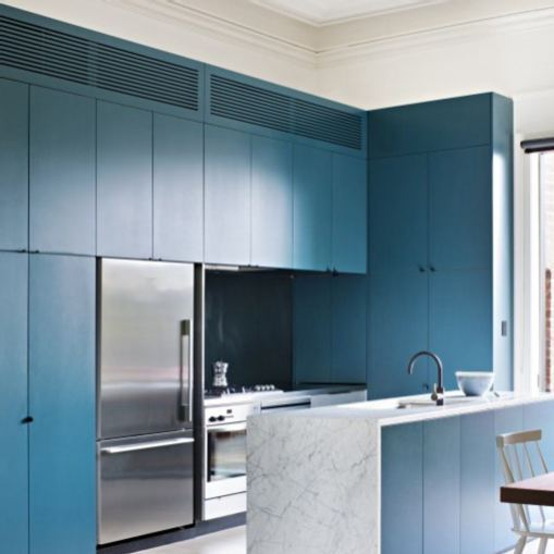 This kitchen designed by @clarecousins is fantastic! The cabinets are such a lovely shade of blue and I love the white marble on the island. Wonderful space!  #interiordesign #interiordesigninspiration #interiordesigninspo #interiorinspiration #interiorinspo #design #designinspiration #designinspo #kitchendesign #kitcheninspiration #kitcheninspo #kitchensofinstagram #kitchensofinsta