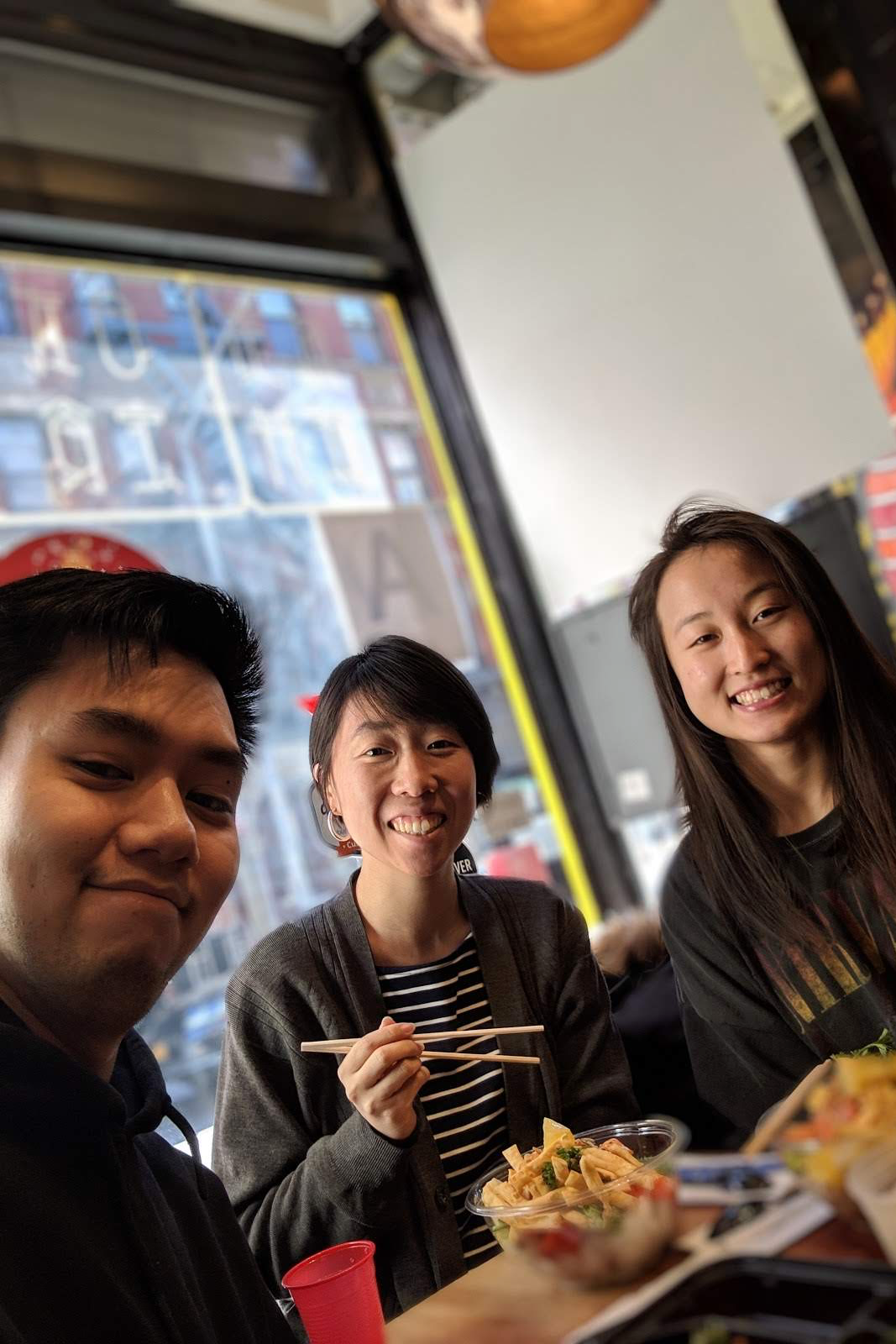 Lunch w/ friends at  Simple ! My favorite poke spot in NYC