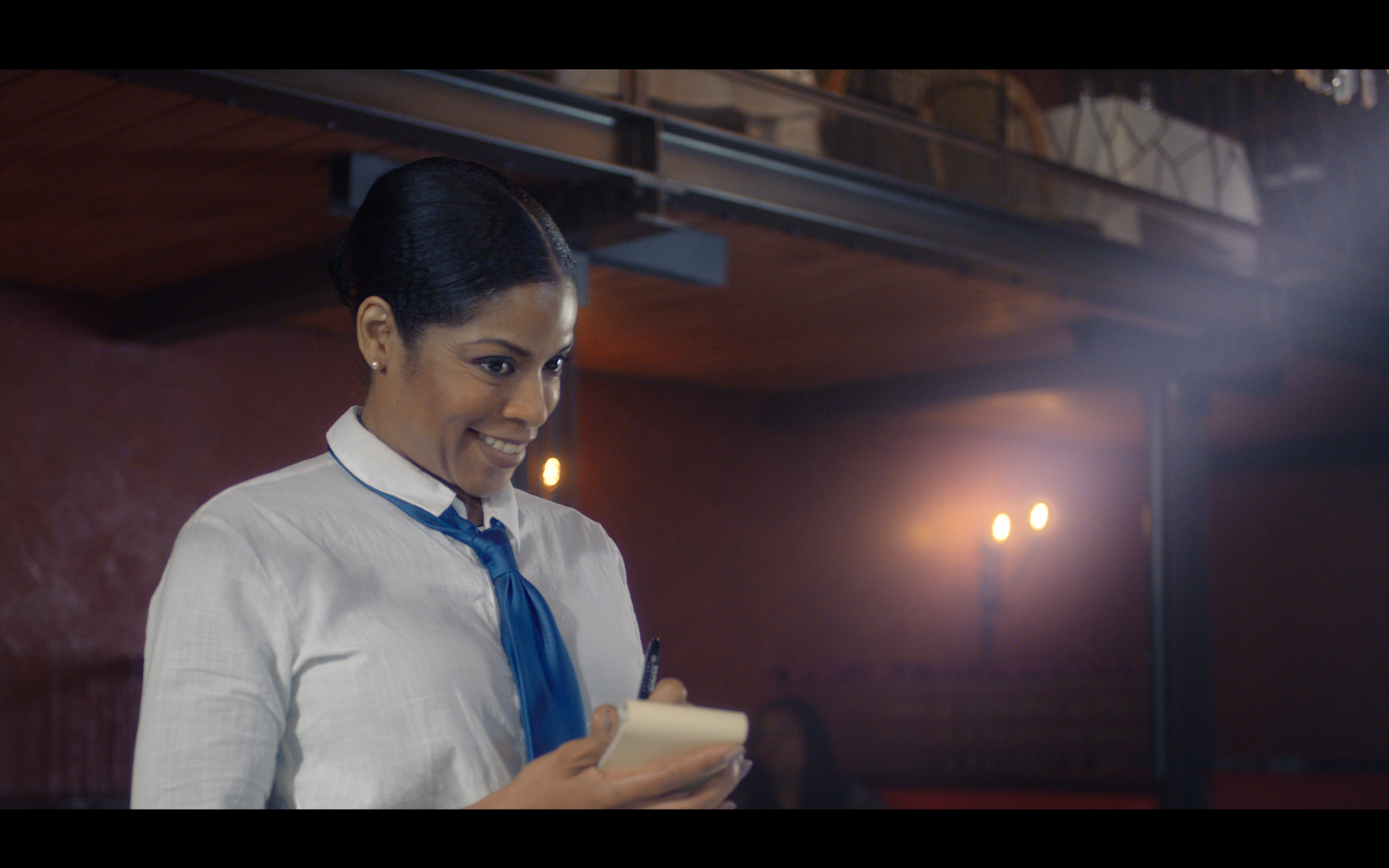 waitresslady.jpg