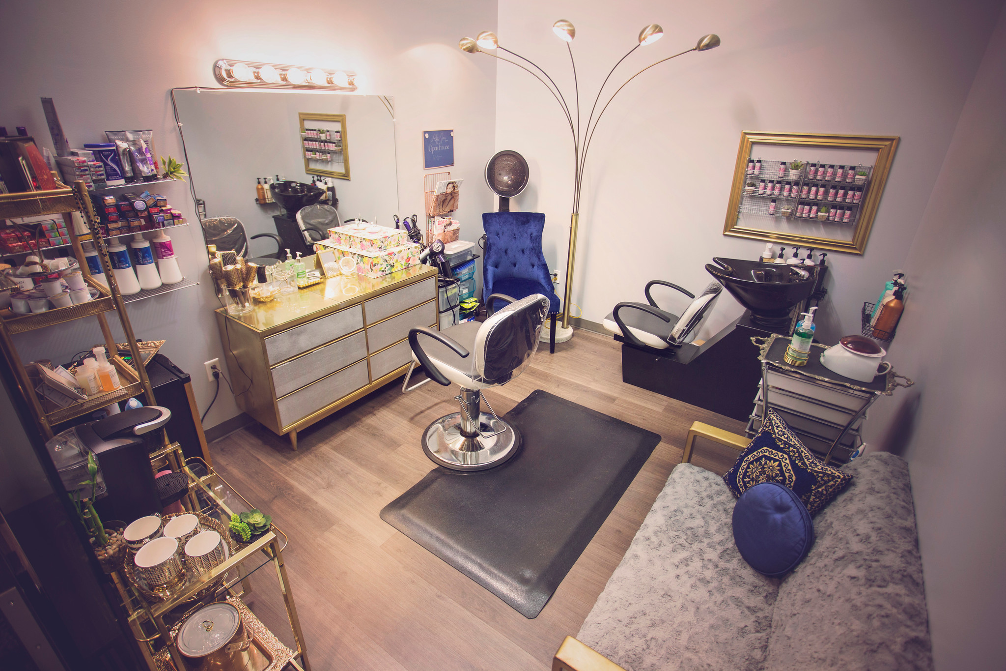 The First set up of Alfa Jae Salon in 2017.