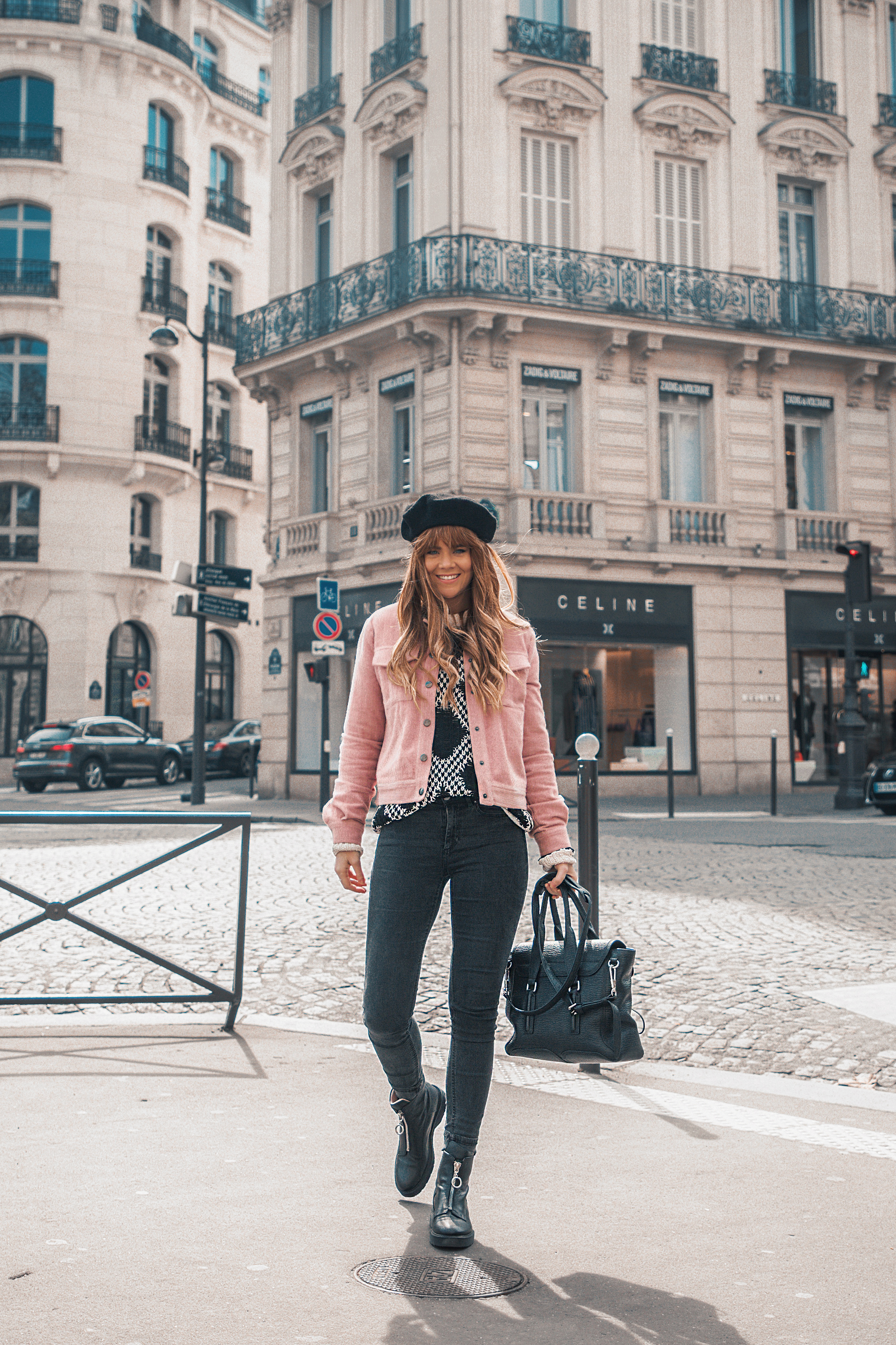 paris-winter-street-style-pink-jacket_4.jpg