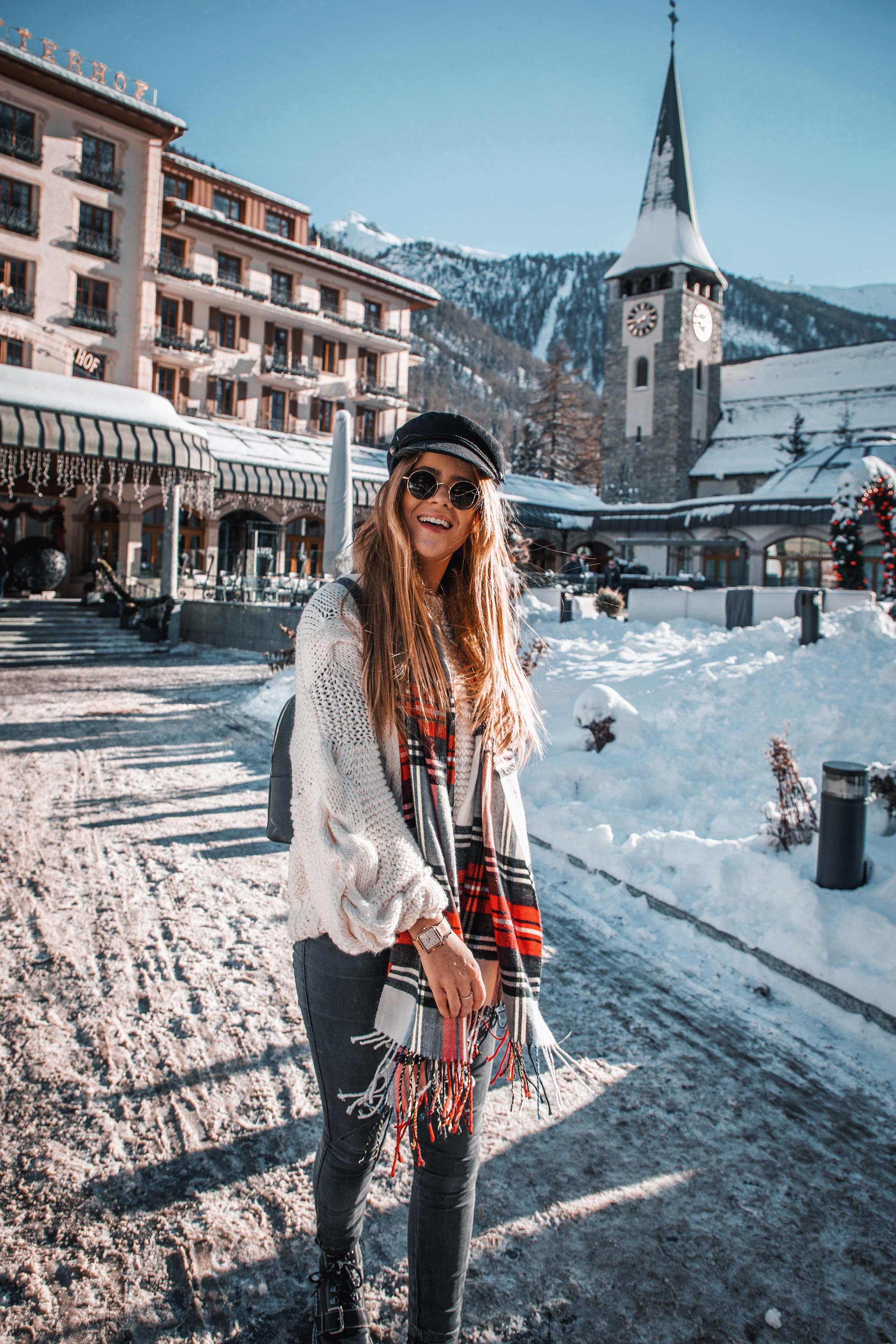 lion-in-the-wild_cluse-christmas-zermatt_8.jpg