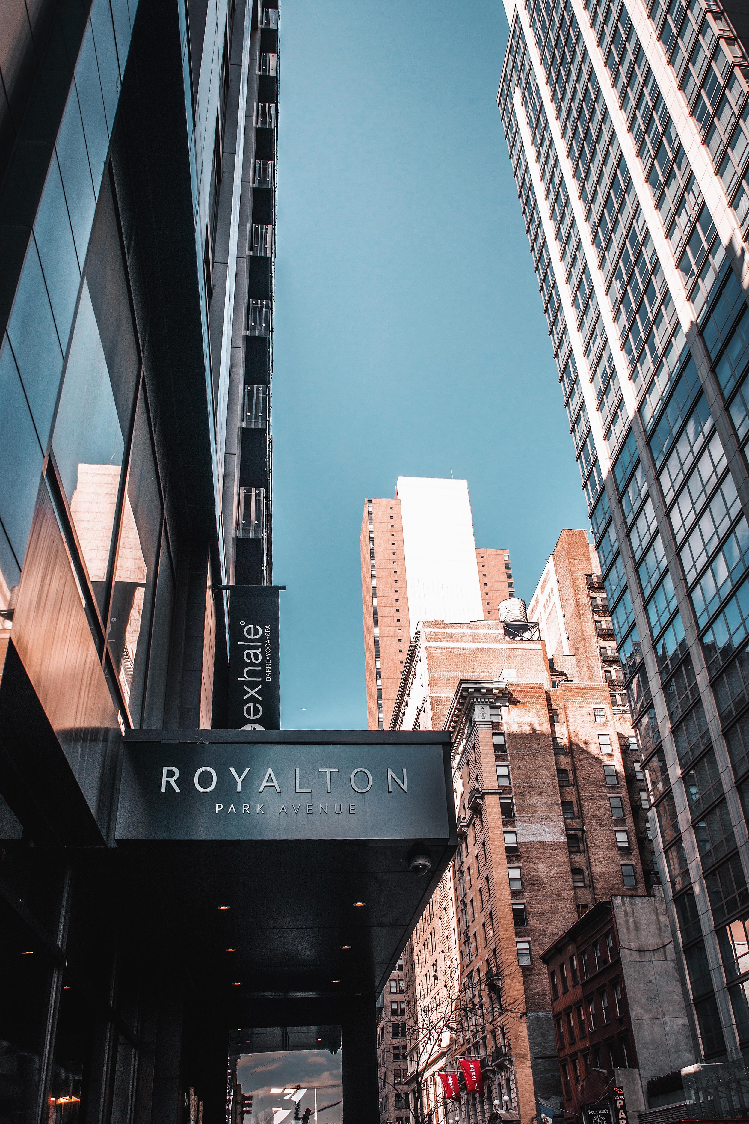 royalton-park-avenue-new-york_7.jpg