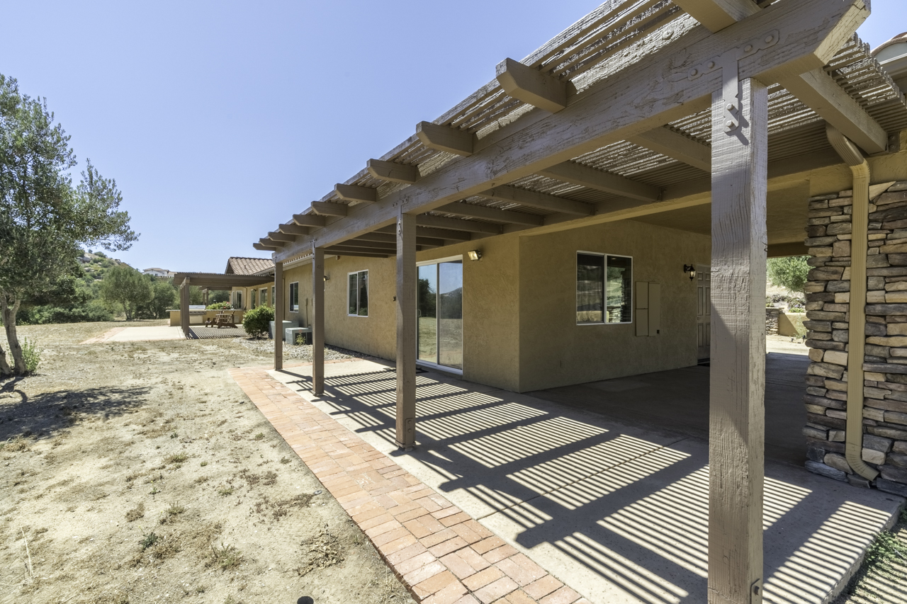 ranch-for-sale-san-diego-county-16305-Salida-Del-Sol-for-sale-ramona-ca-57.jpg