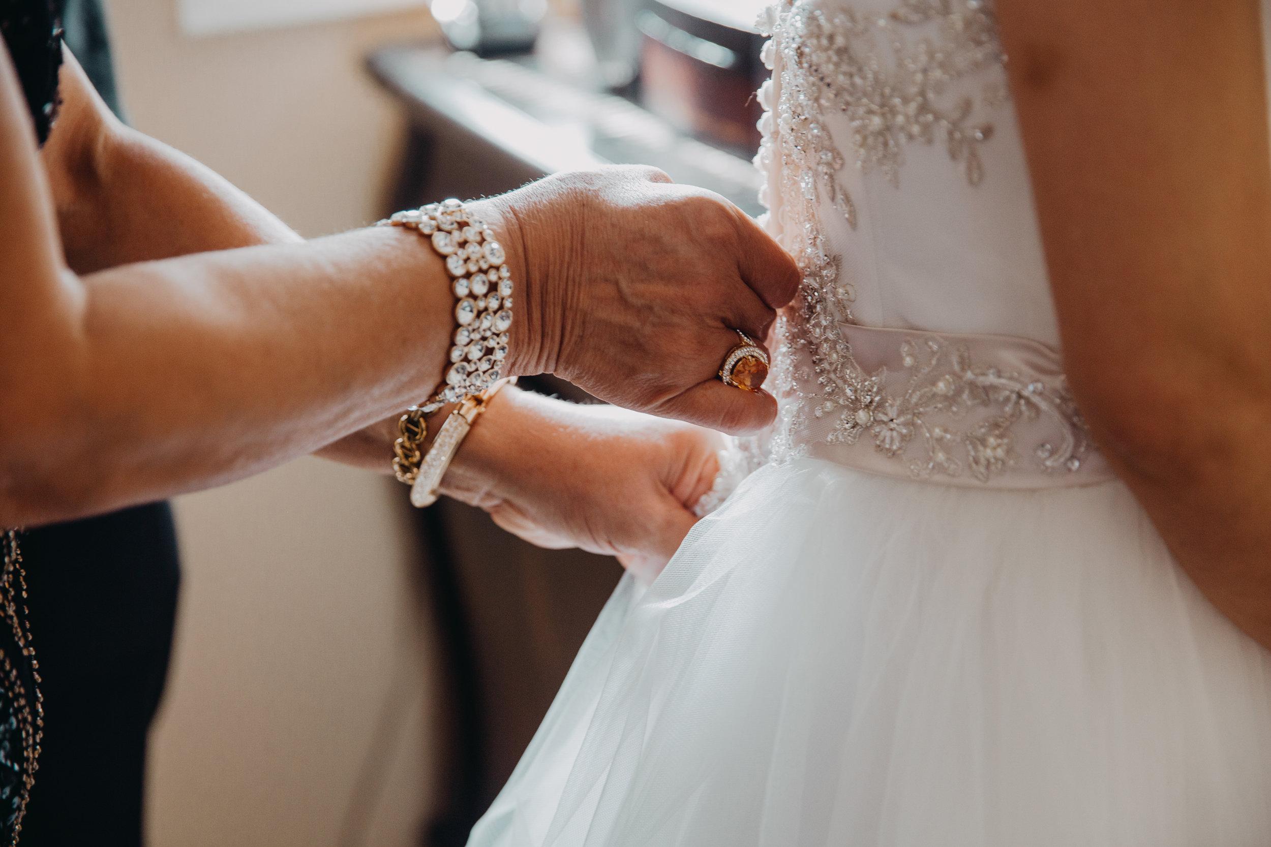 HARIKAPHOTO_WeddingPhotography-22.jpg
