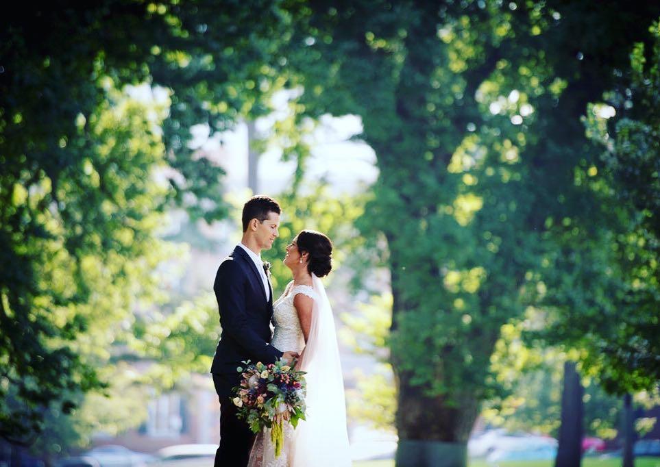 Kelly & Jarad Photo: @whitechilliphotography
