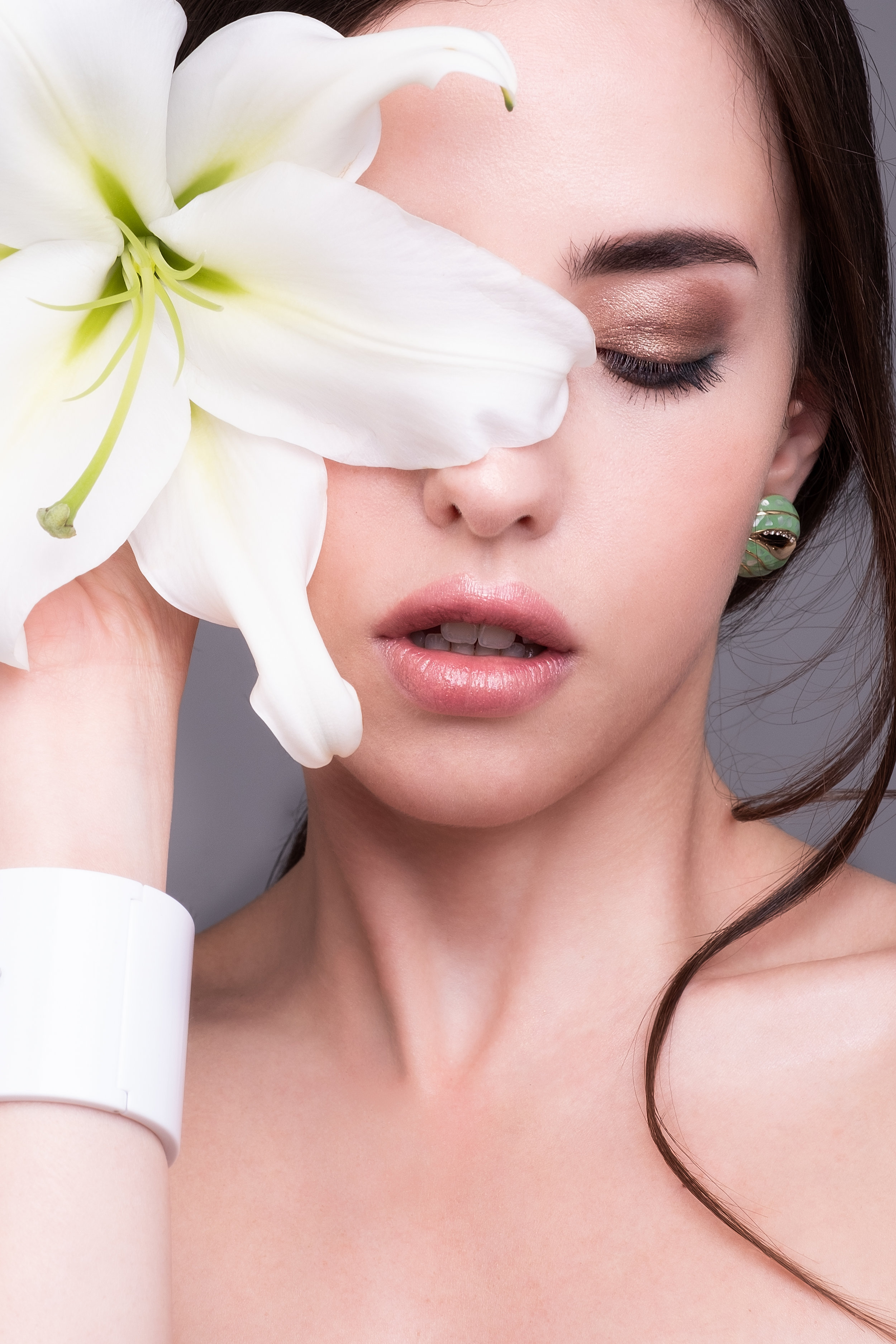 FLOWERS BEAUTY - SHEEBA MAGAZINE  Model: Giusy Reina - MUA/Hair/Concept Eleonora Eilythia