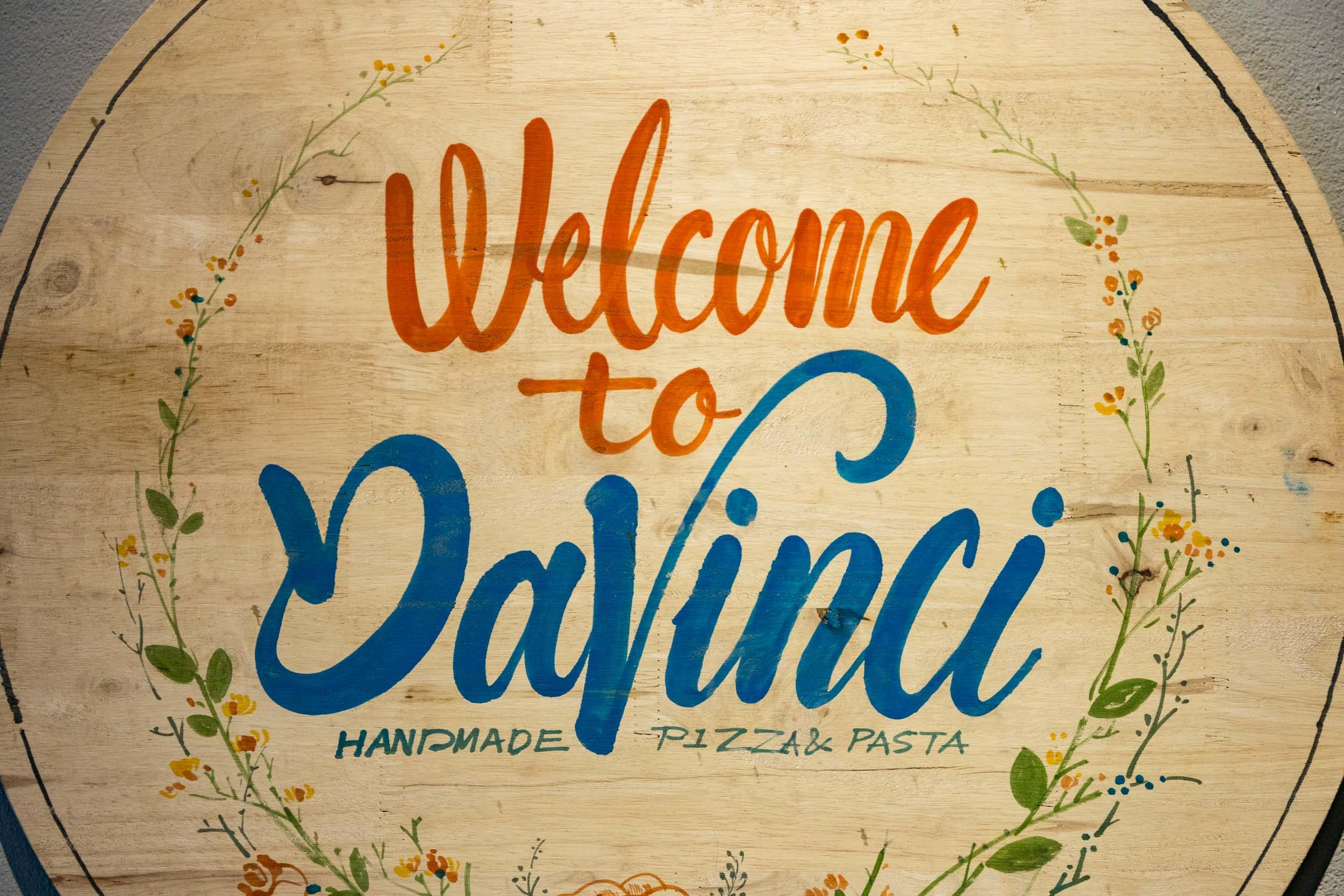 Da Vinci's Restaurant Singage. Da Nang.