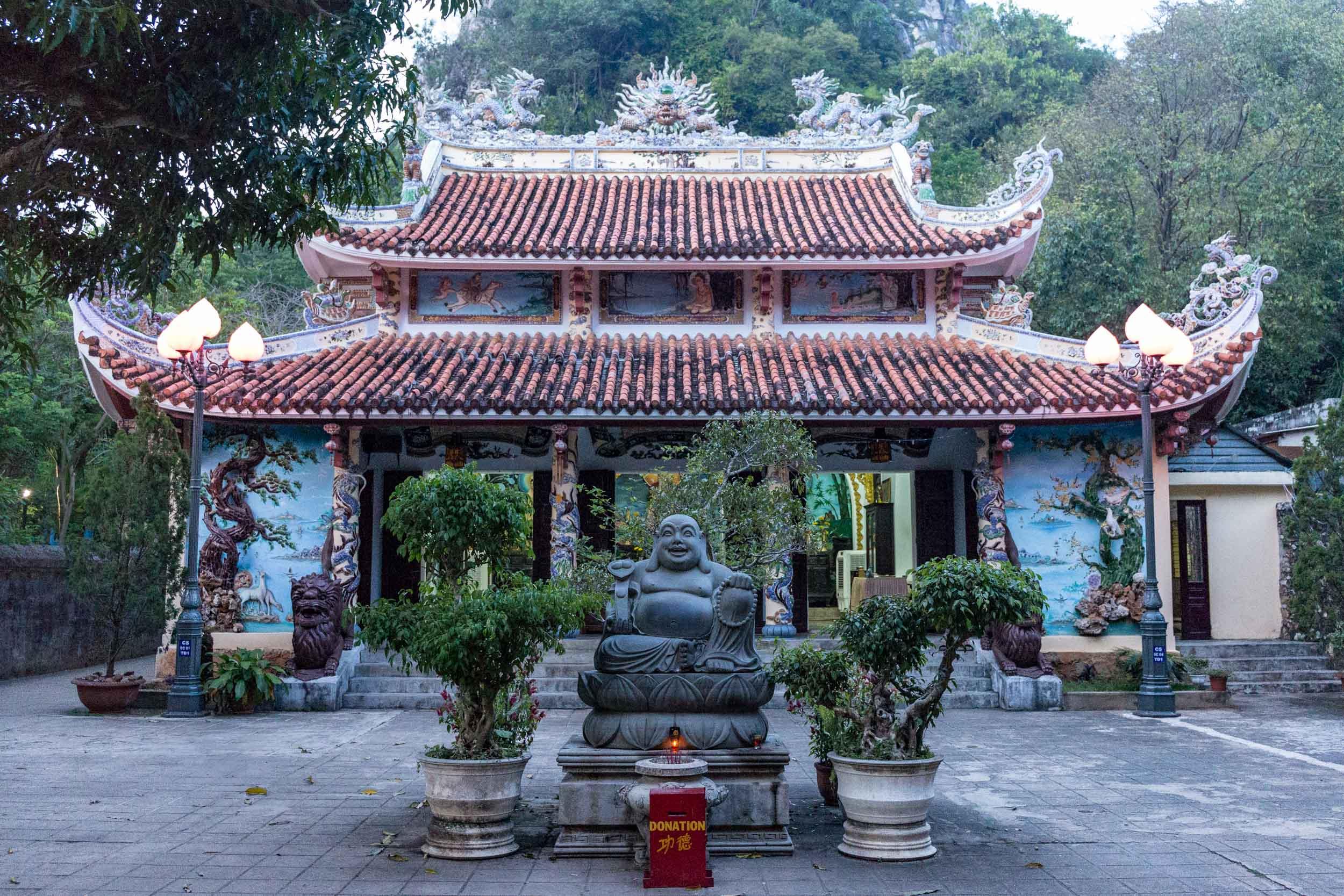 Temple Marble Mountain. Da Nang, Vietnam.