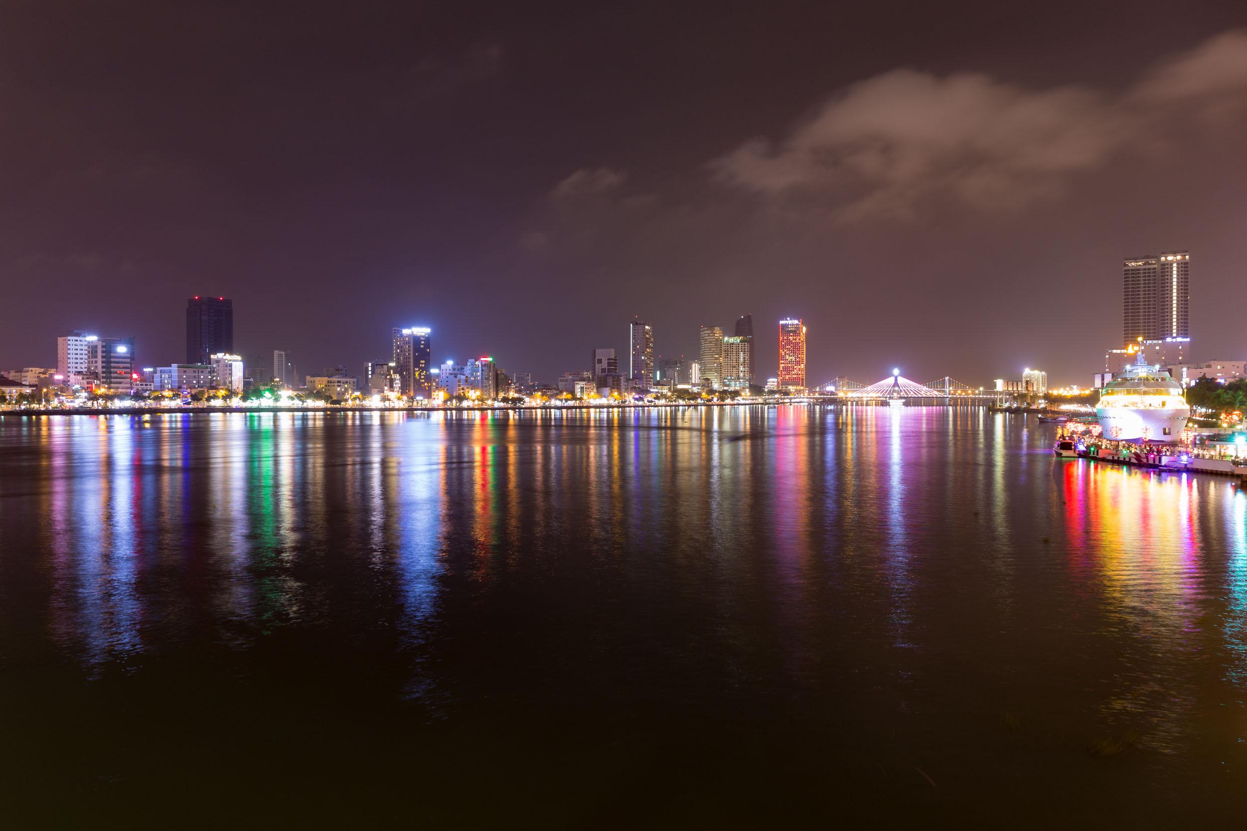 Han River Night Photo, Da nang.