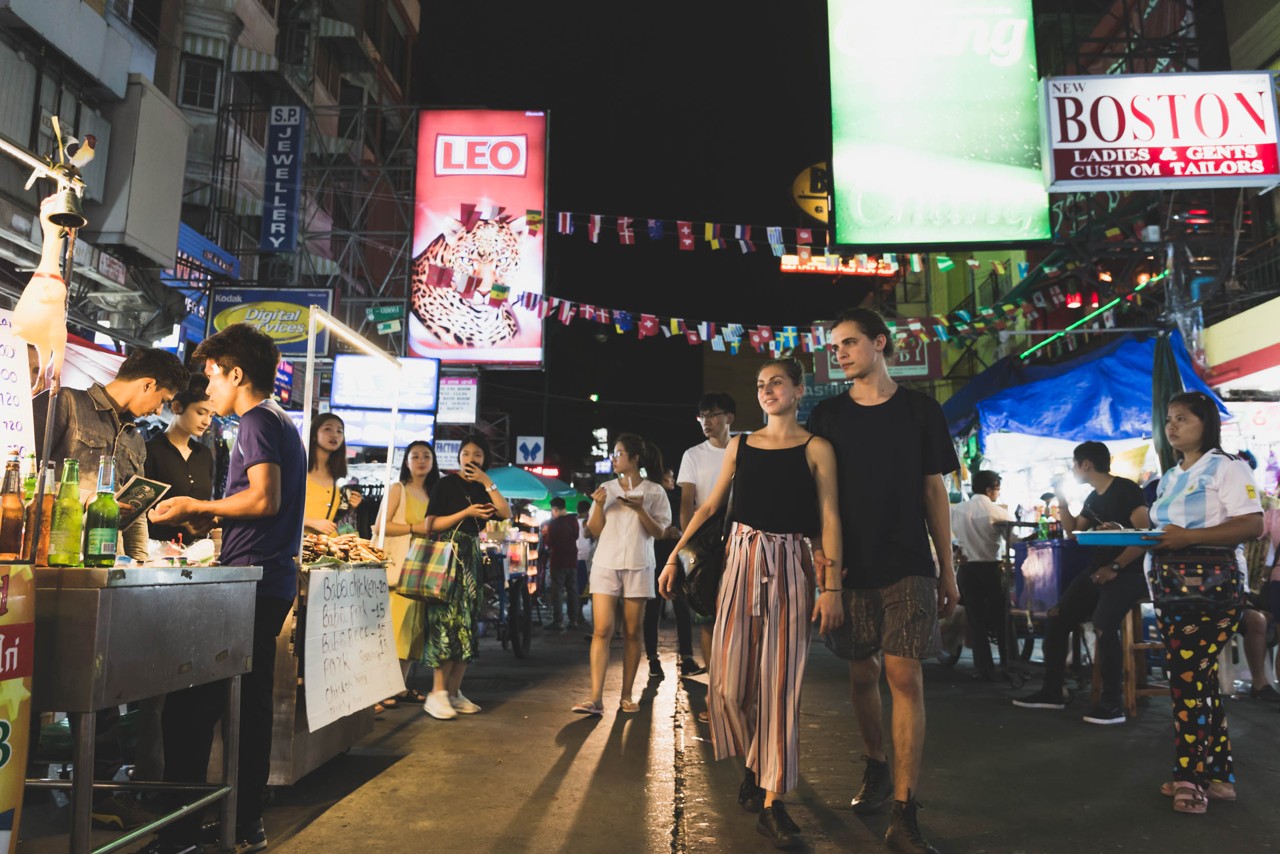 Night photo on the Khoa San Road.