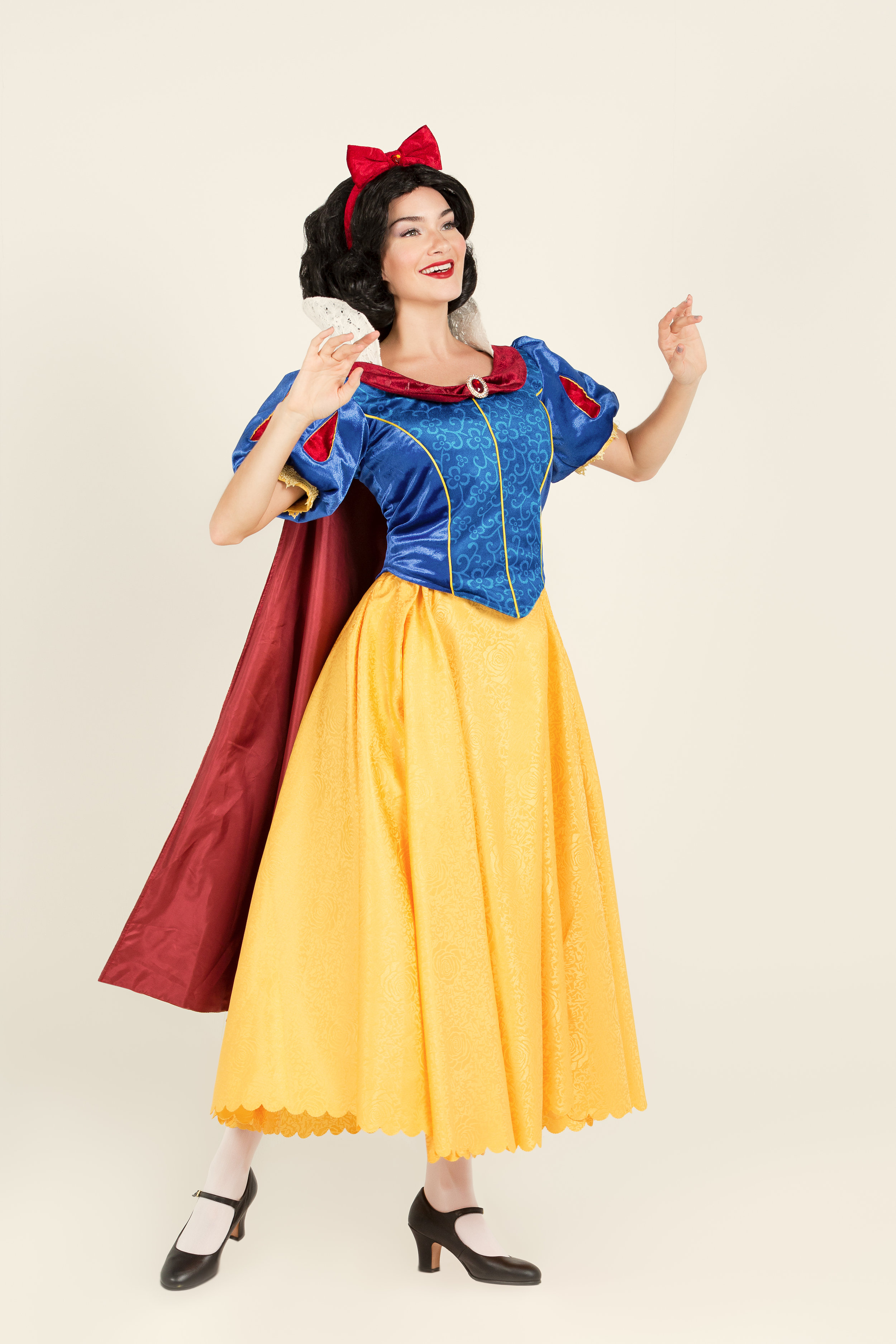 Snow White   Snow White makes everyone smile and would love to surprise your little one. She whistles her tunes and loves to talk about her favourite friends, the seven dwarfs &  her handsome prince.