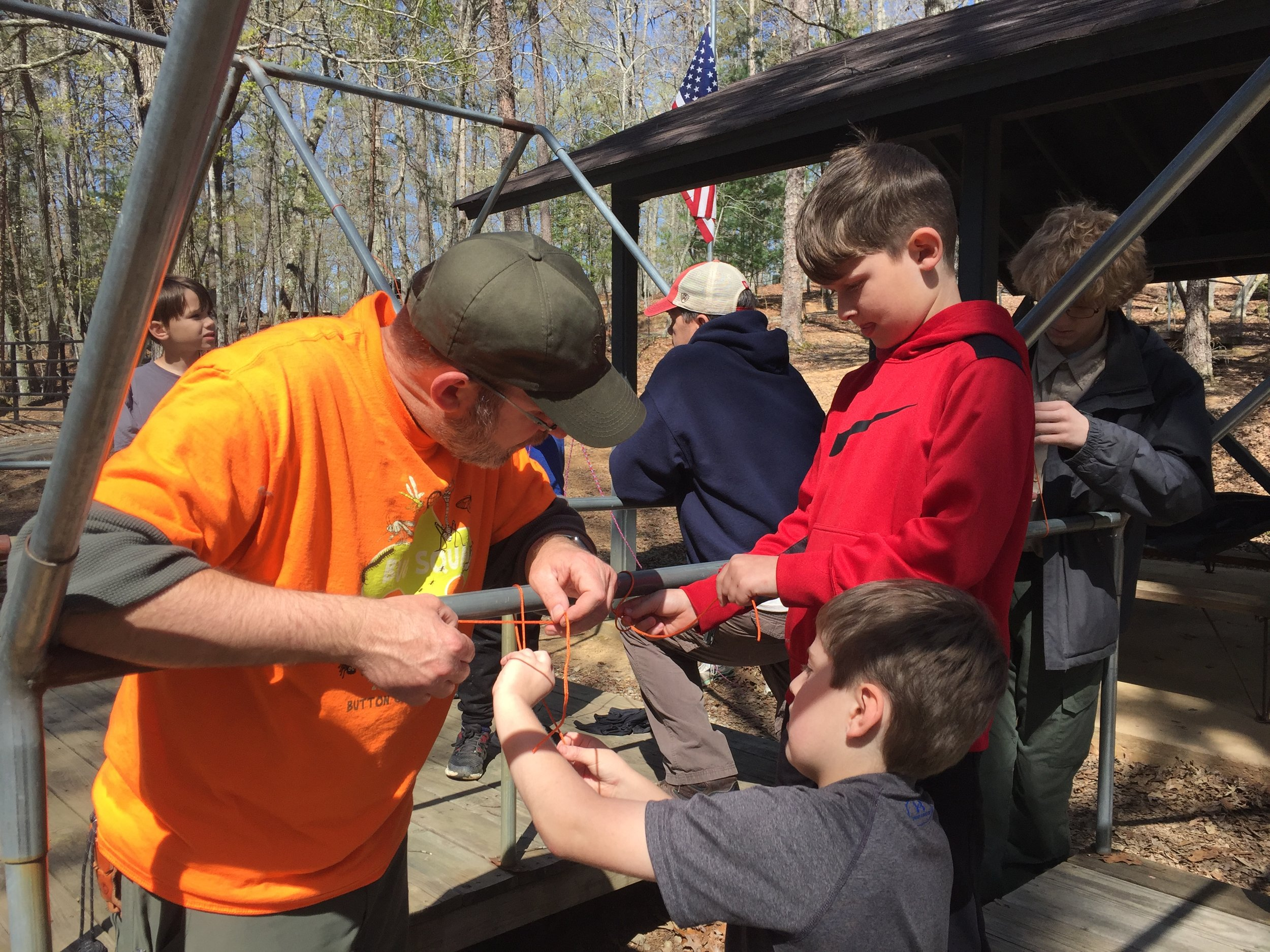 Cubmaster Teaching Knots