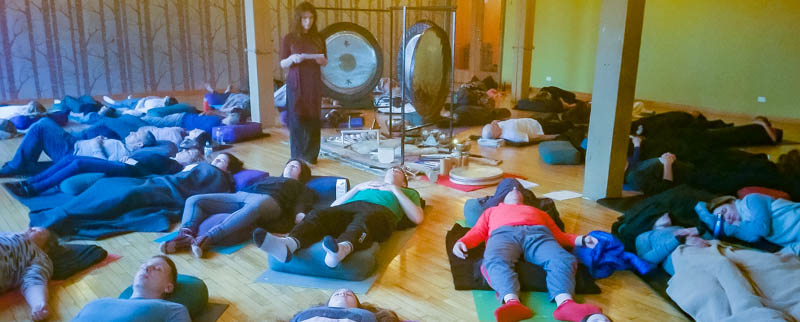 Guiding participants into a deep  relaxation