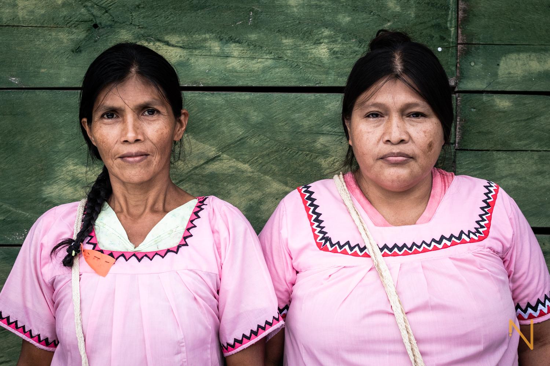 Portrait of Ngäbe women wearing the traditional Nagua, Norteño.