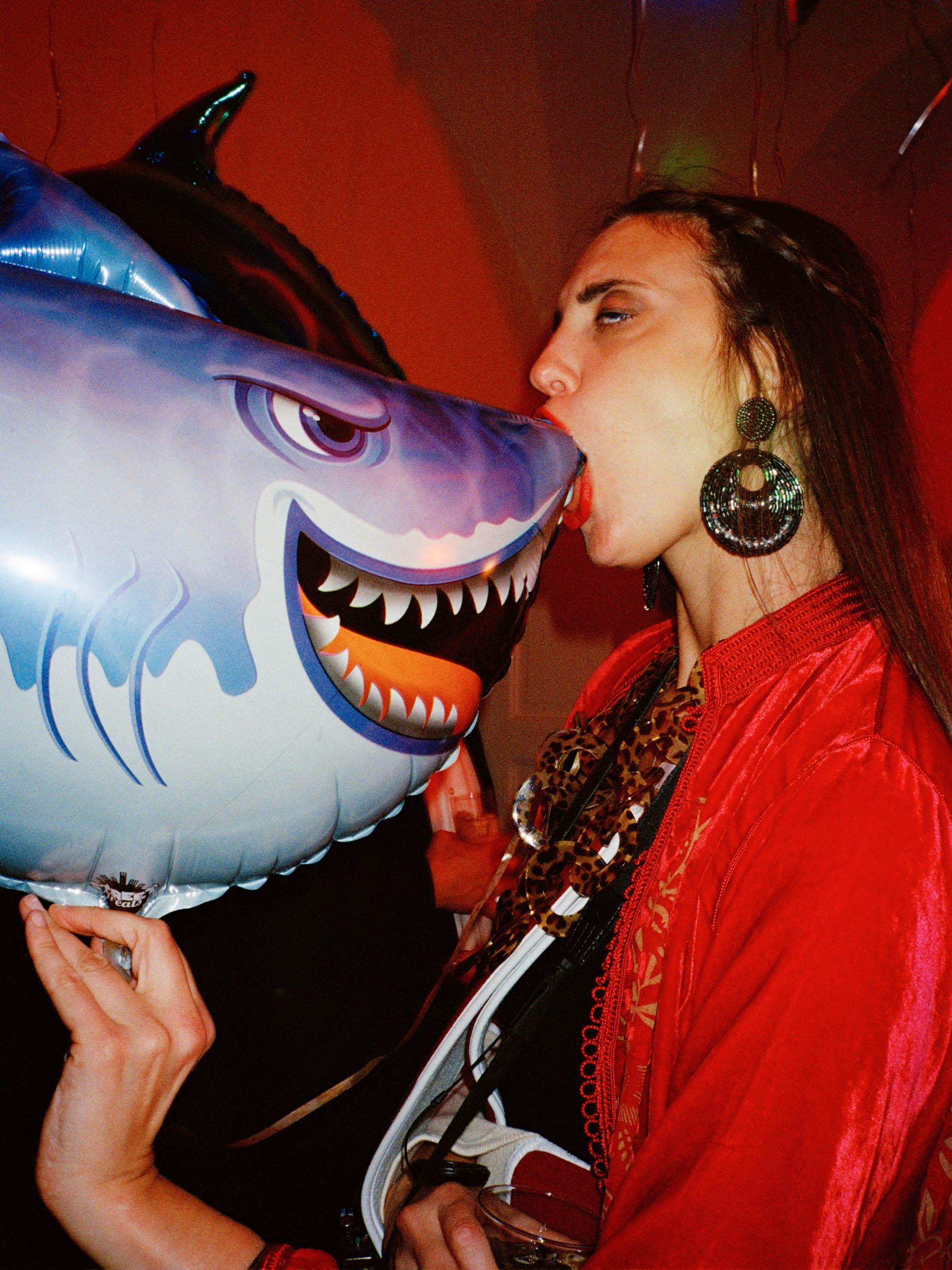 Kiss the Shark