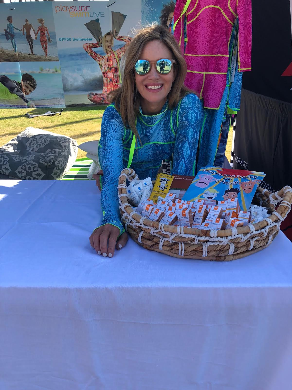 Tutublue Founder & CEO, Sarah Buxton, promotes sun safety and Melanoma awareness at the 2018 Pacific Paddle Games Event in Dana Point, CA.