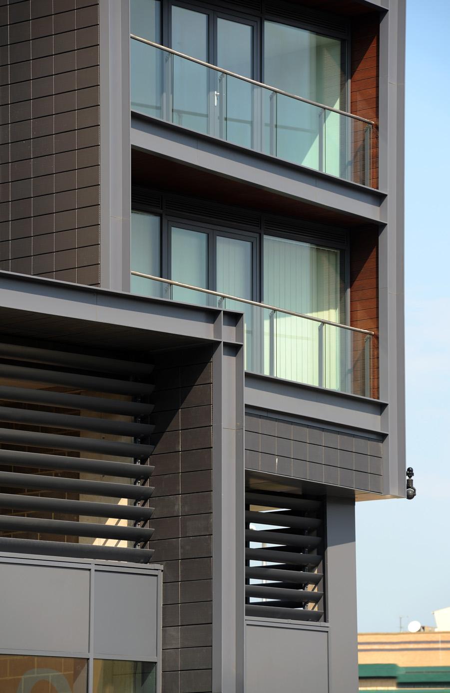 ESA Architects_The Icon, Basildon_2010_01.jpg
