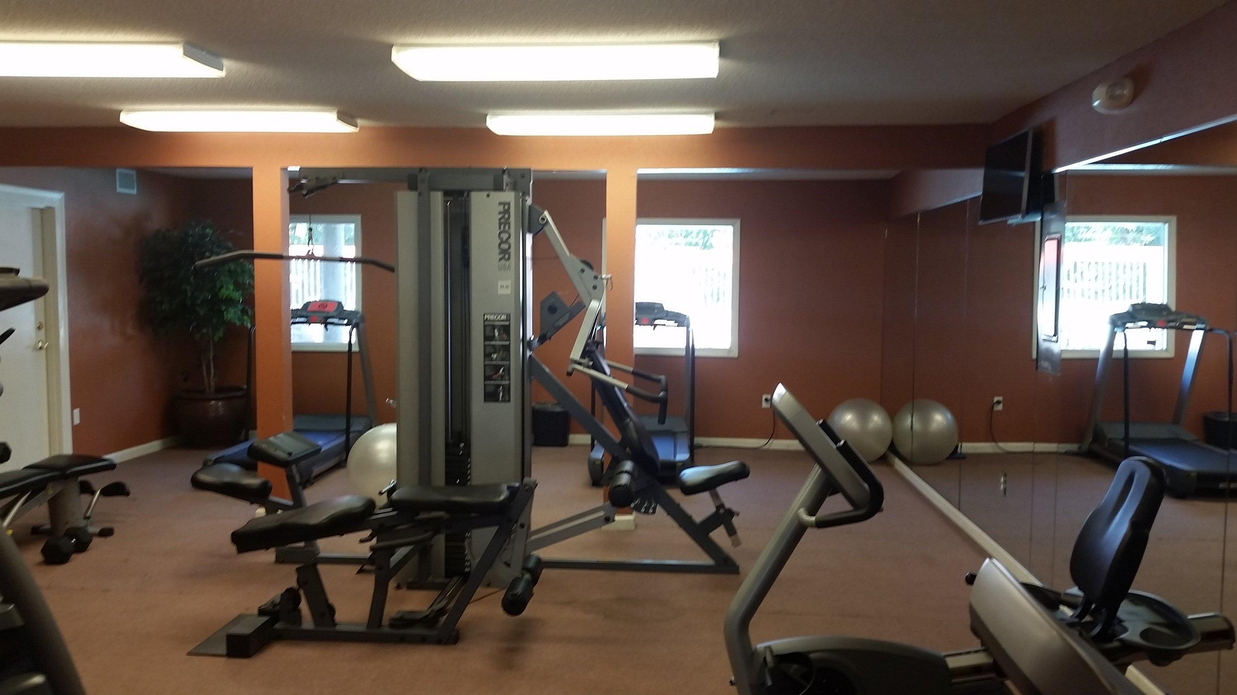 Water_s Edge Fitness Center.jpg