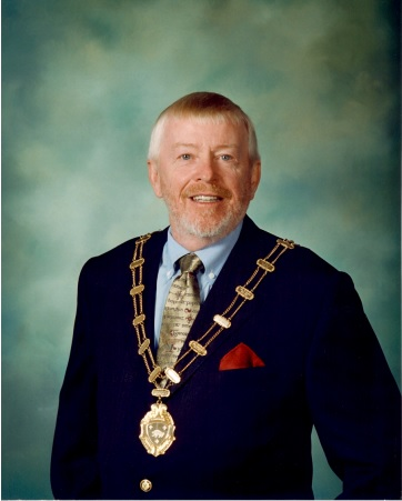 Tom Crowley Taoiseach 2001-2004 official.jpg