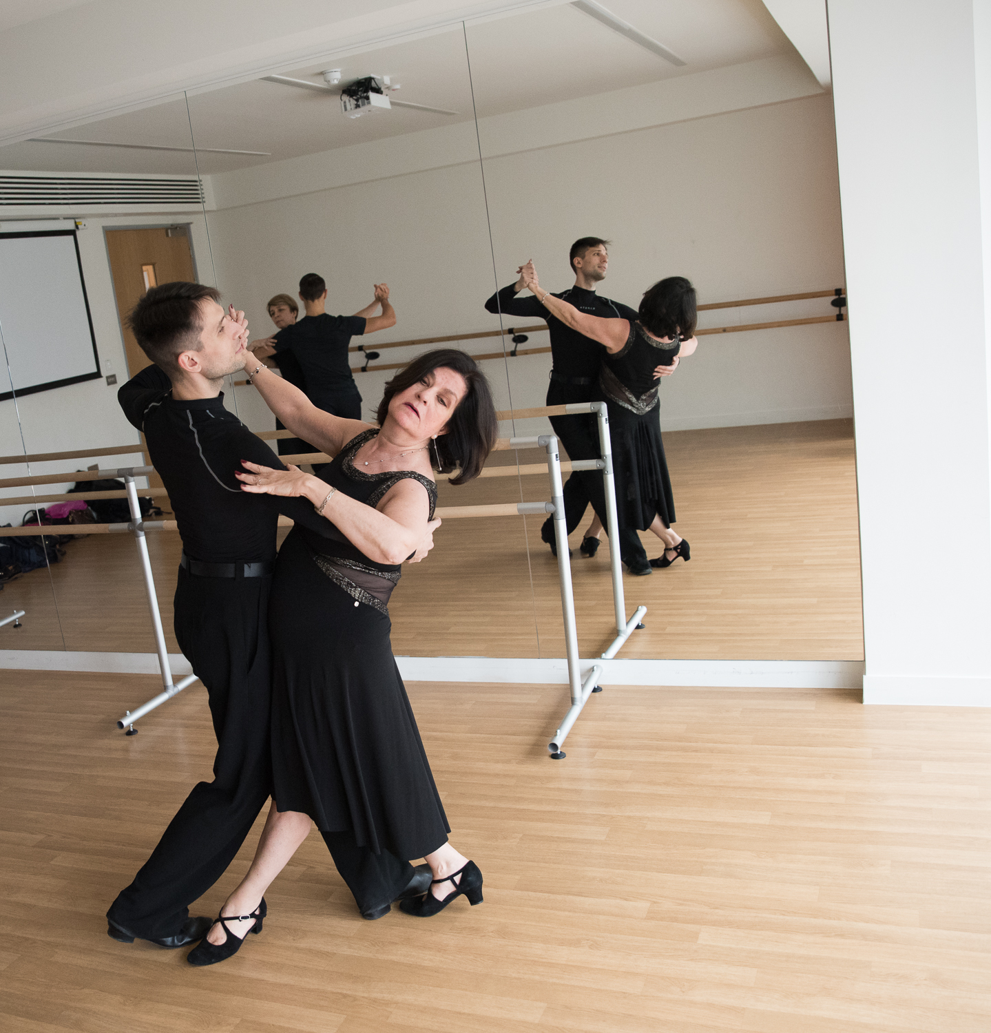 click to find out more about our private dance lessons