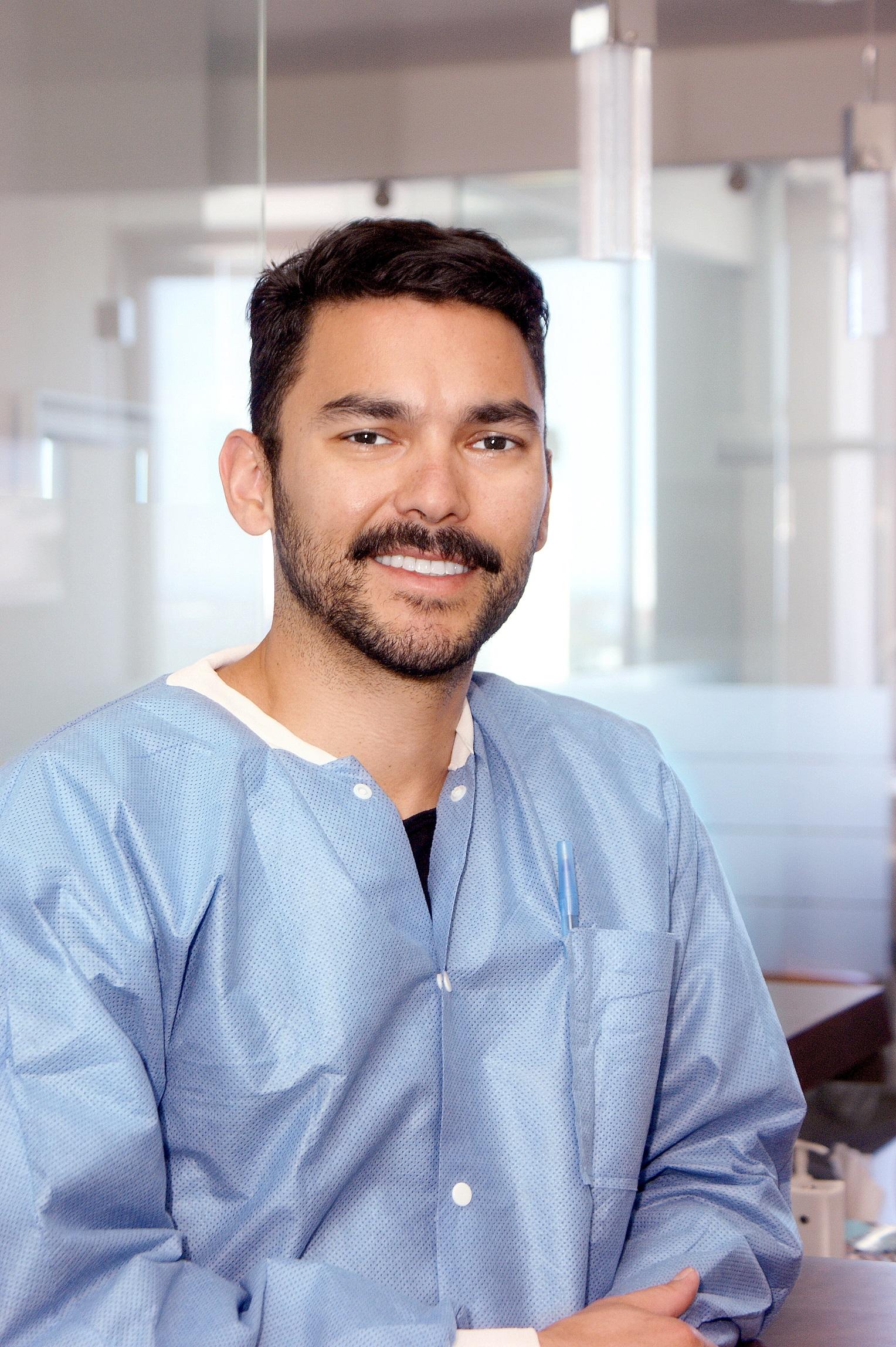 PABLO LORVAN - Dental Assistant