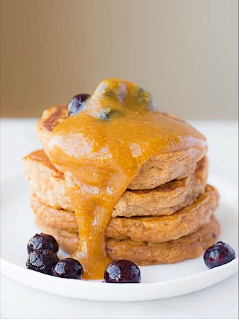 sweet potato pancakes - by fooduzzi