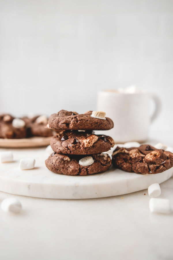 Hot Chocolate Cookies    by    Veggiekins