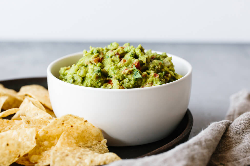 BEST MEXICAN GUACAMOLE EVER