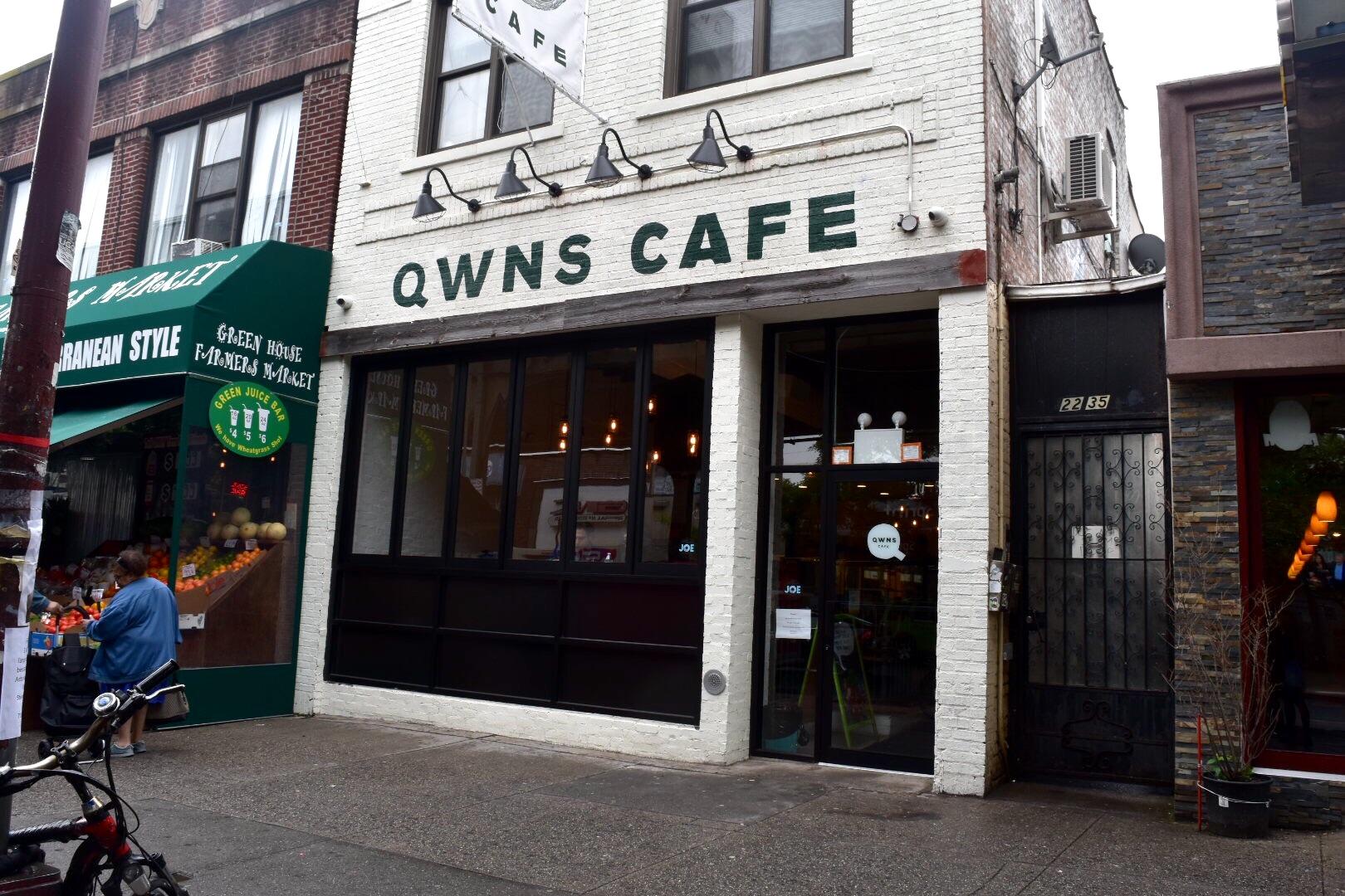 QWNS CAFE.jpg