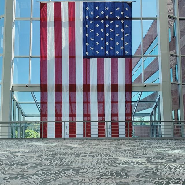 Our team captured the PERFECT shot on one of our recent corporate installs, don't you think?! 🇺🇸 Swipe to see a combo of styles used from @interface_inc's Let it Bee Collection! And we couldn't have done it without our local sales force friends at @interface_newengland! But most importantly.... HAPPY 4th OF JULY EVERYONE!!! 🇺🇸🇺🇸🇺🇸