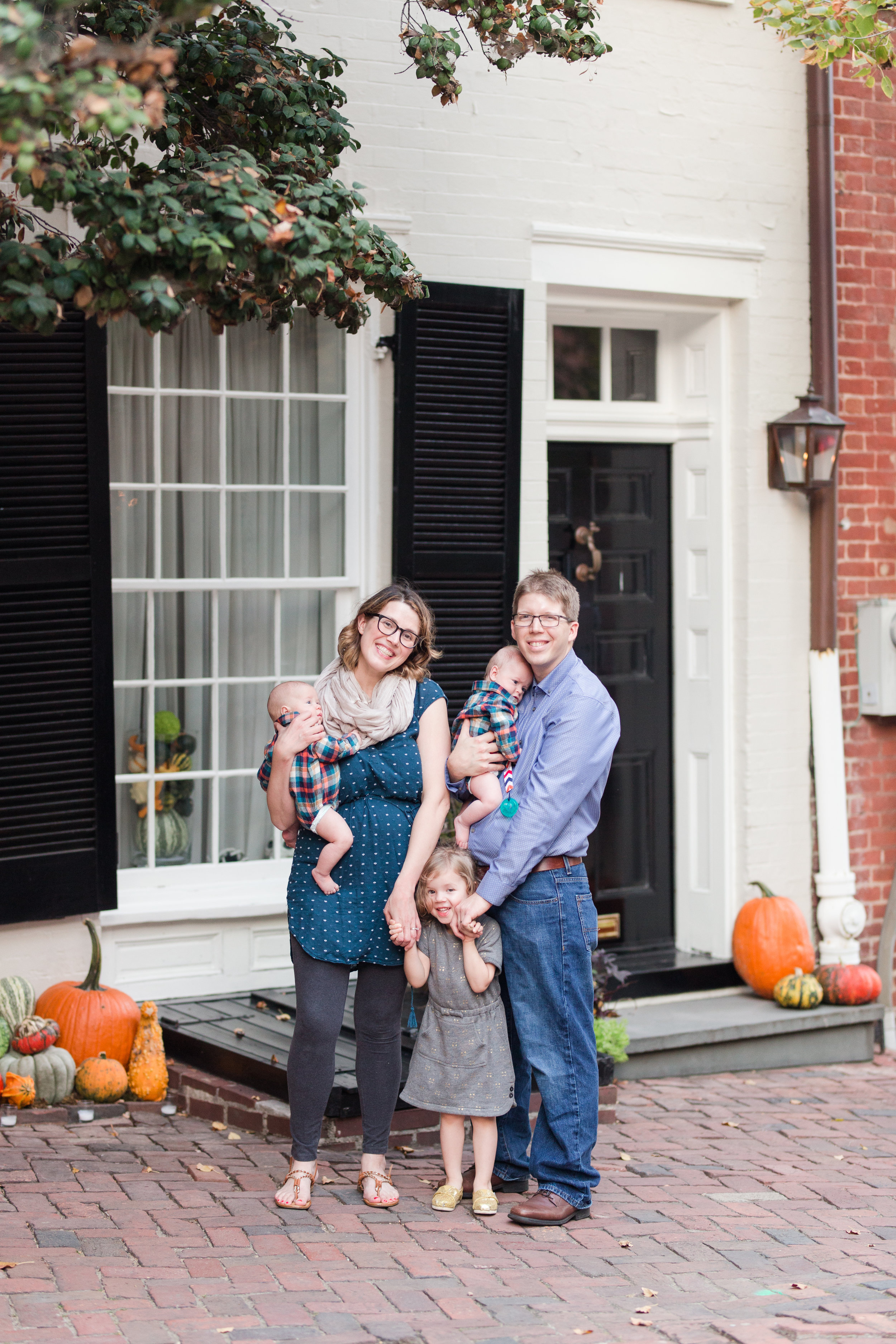 gartonfamily-old-town-alexandria-fall-2017-2.jpg