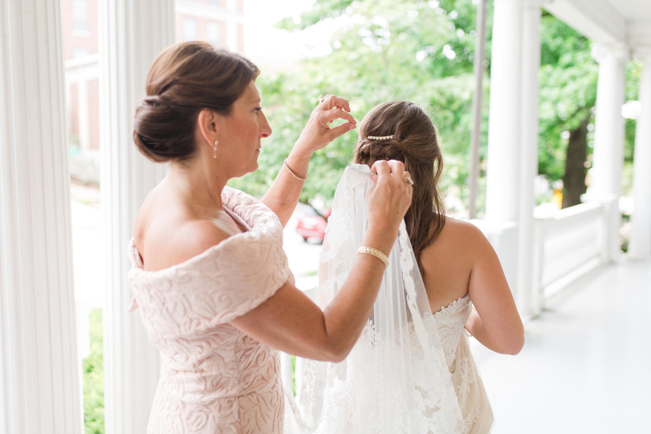 bridals and bridal party-3.jpg