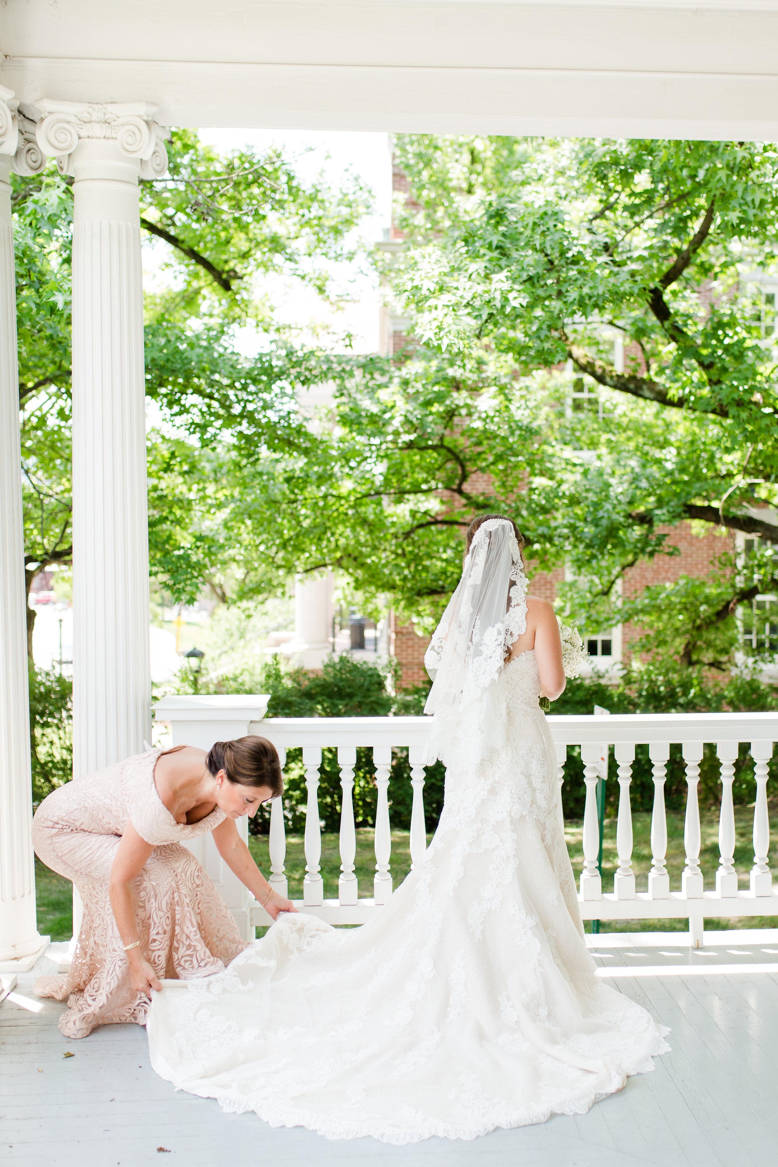 bridals and bridal party-14.jpg