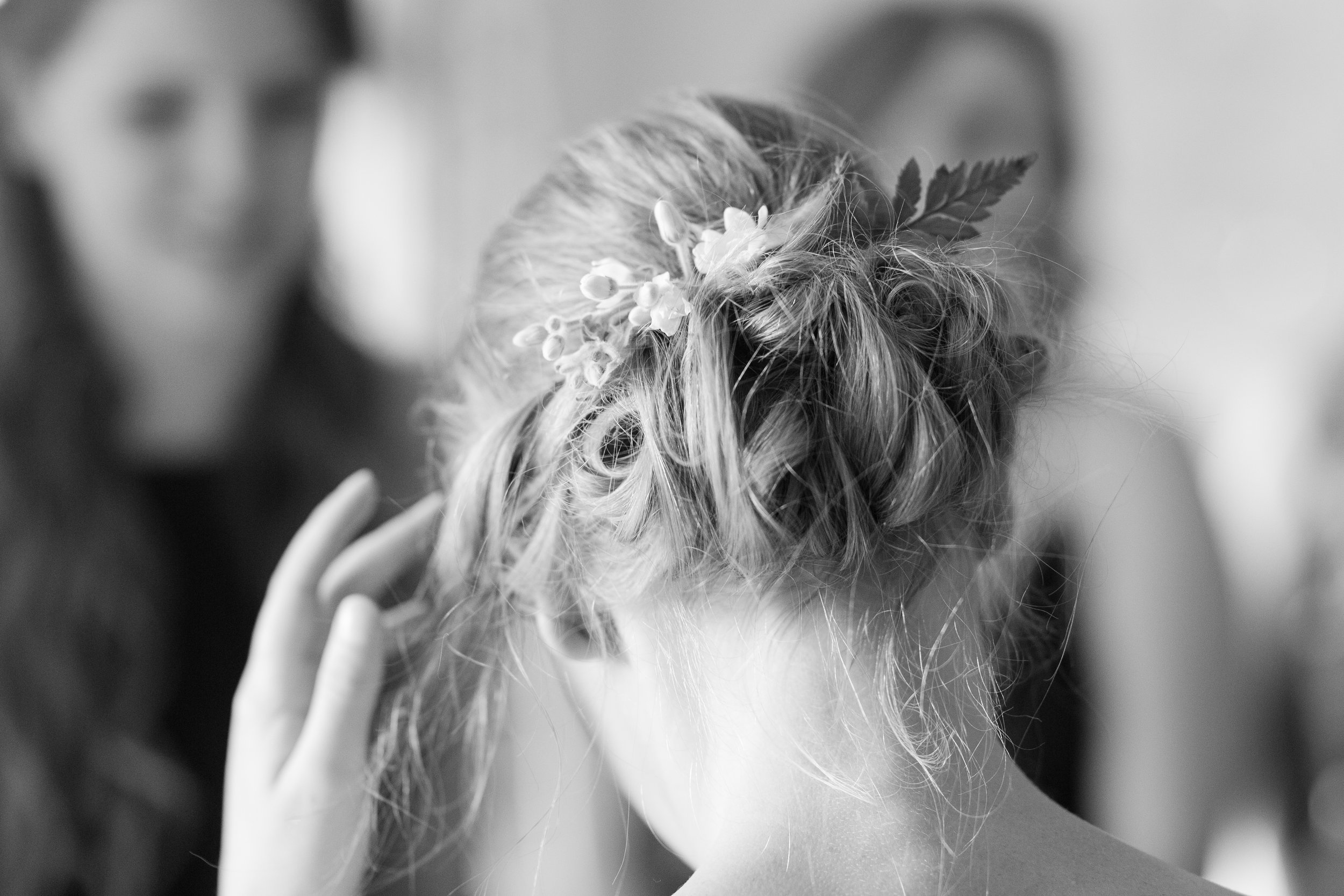 authentic genuine wedding photography in wv bride prep