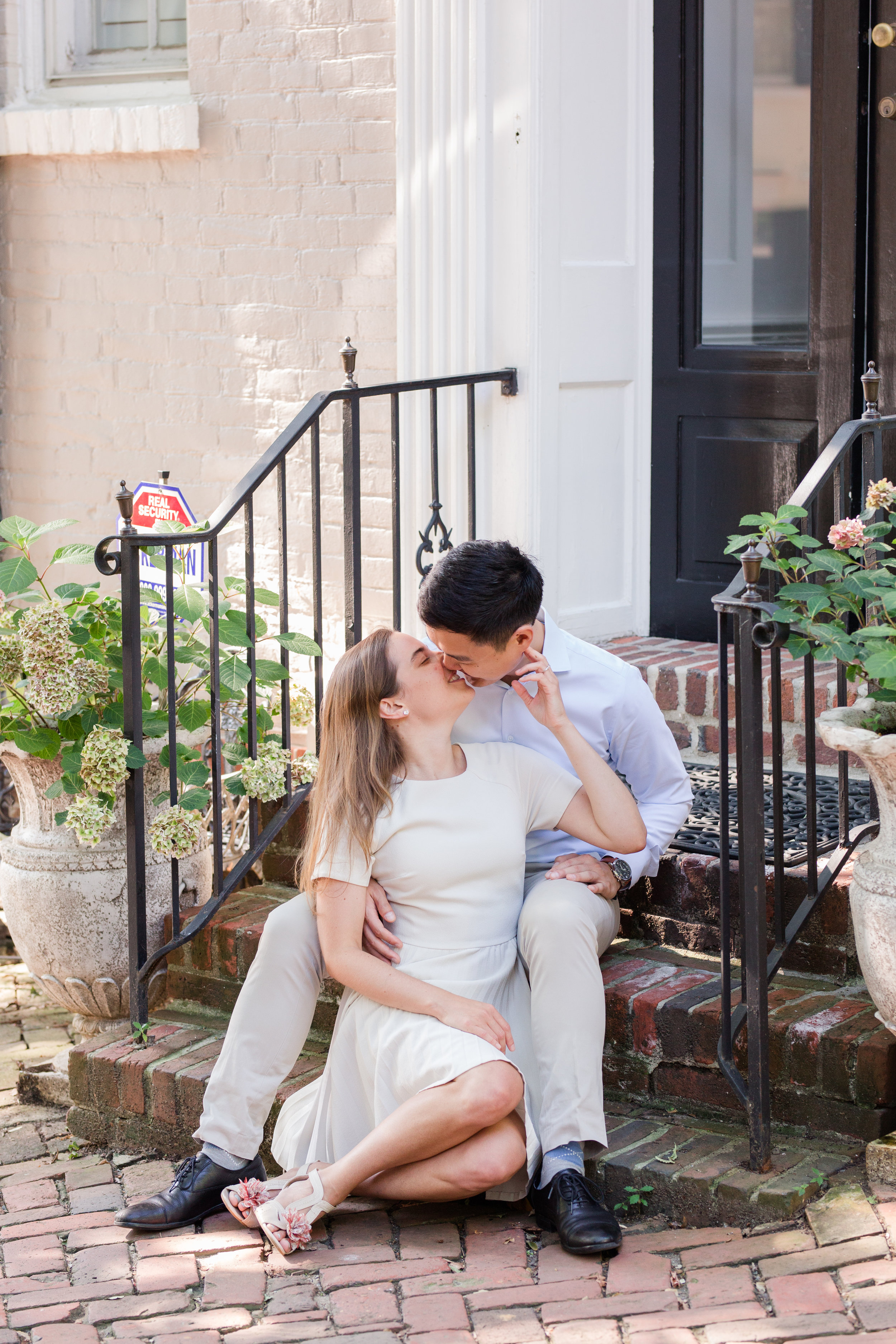 alexandria old town engagement pictures, alexandria engagement photographer, chart house, alexandria