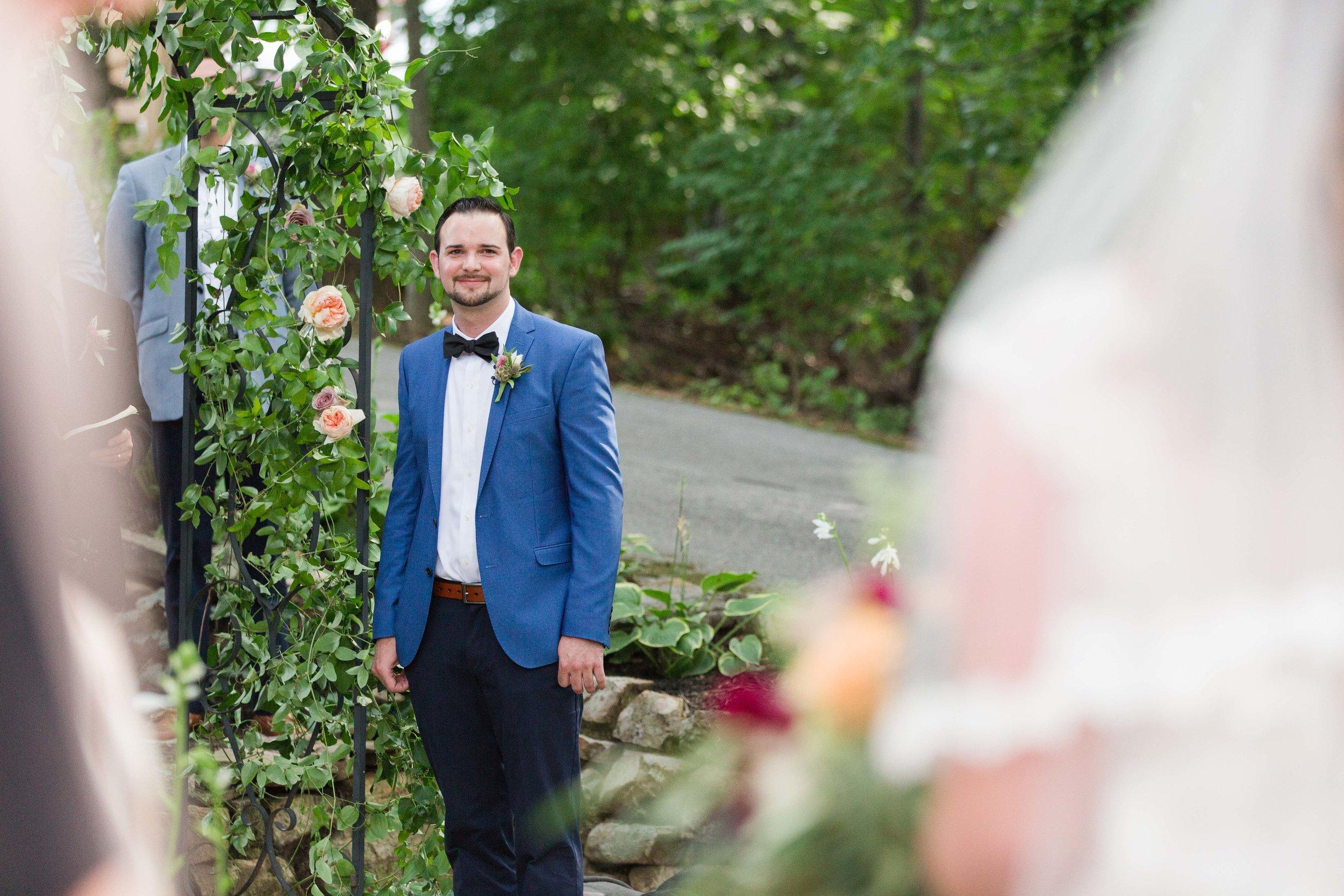 outdoor backyard ceremony wv photographer leesburg va hagerstown md warrenton va-13.jpg