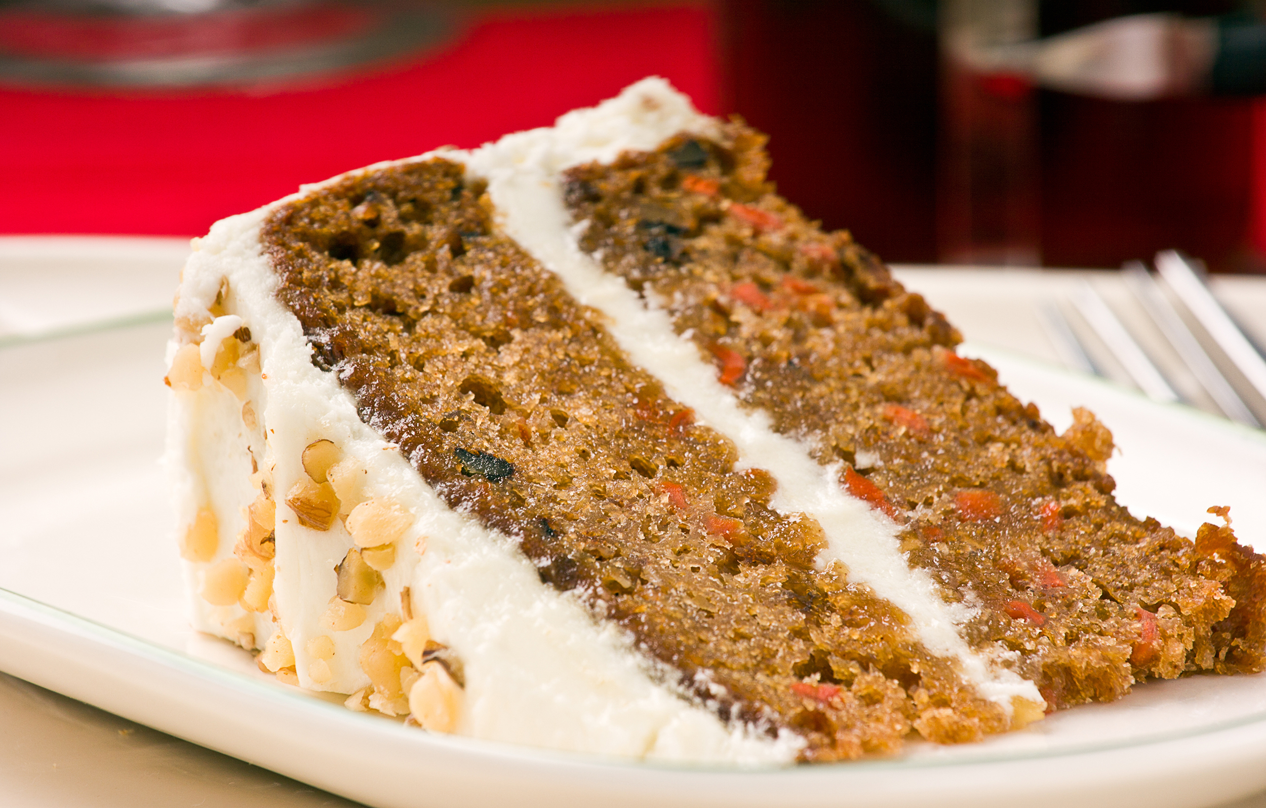 SIX INCH DELUXE CARROT CAKE