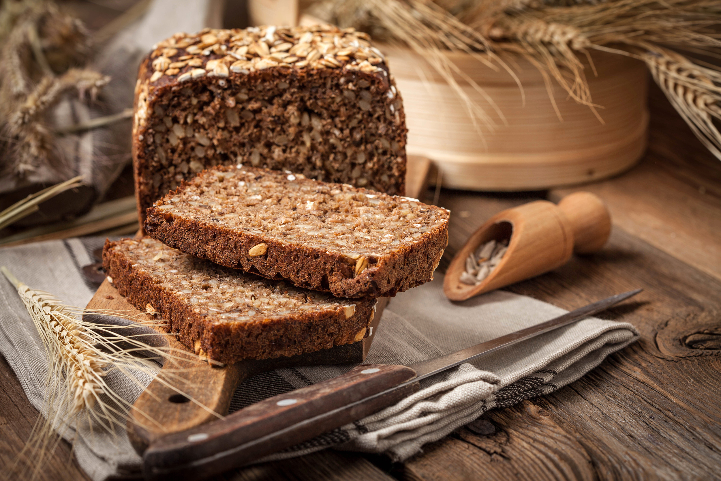 sprouted_grains_bread.jpg