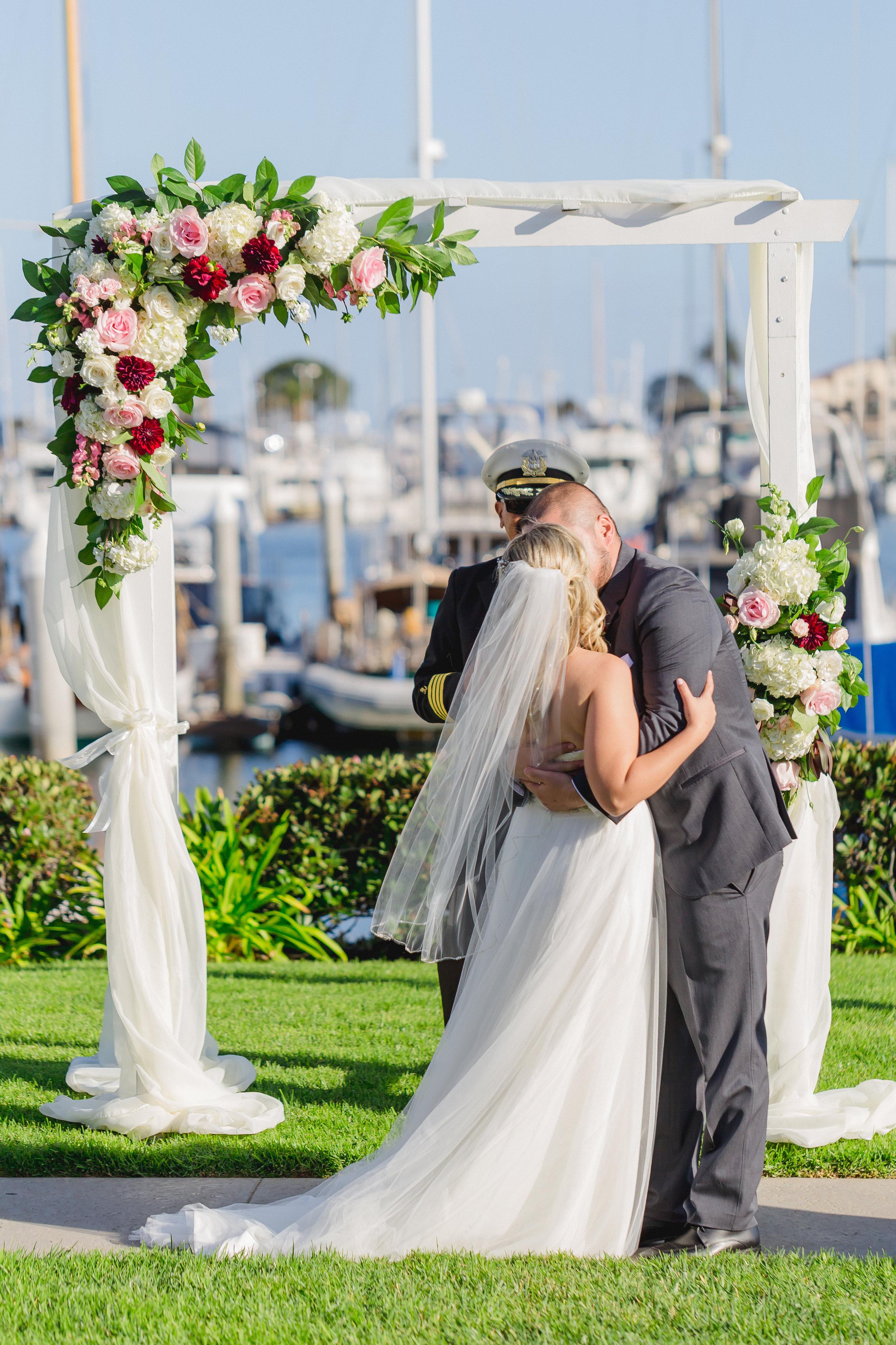 Becca_Mark_Southwestern_Yacht_Club_Wedding_341.jpg
