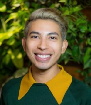 Uri Moreno, Assistant @uridoesart