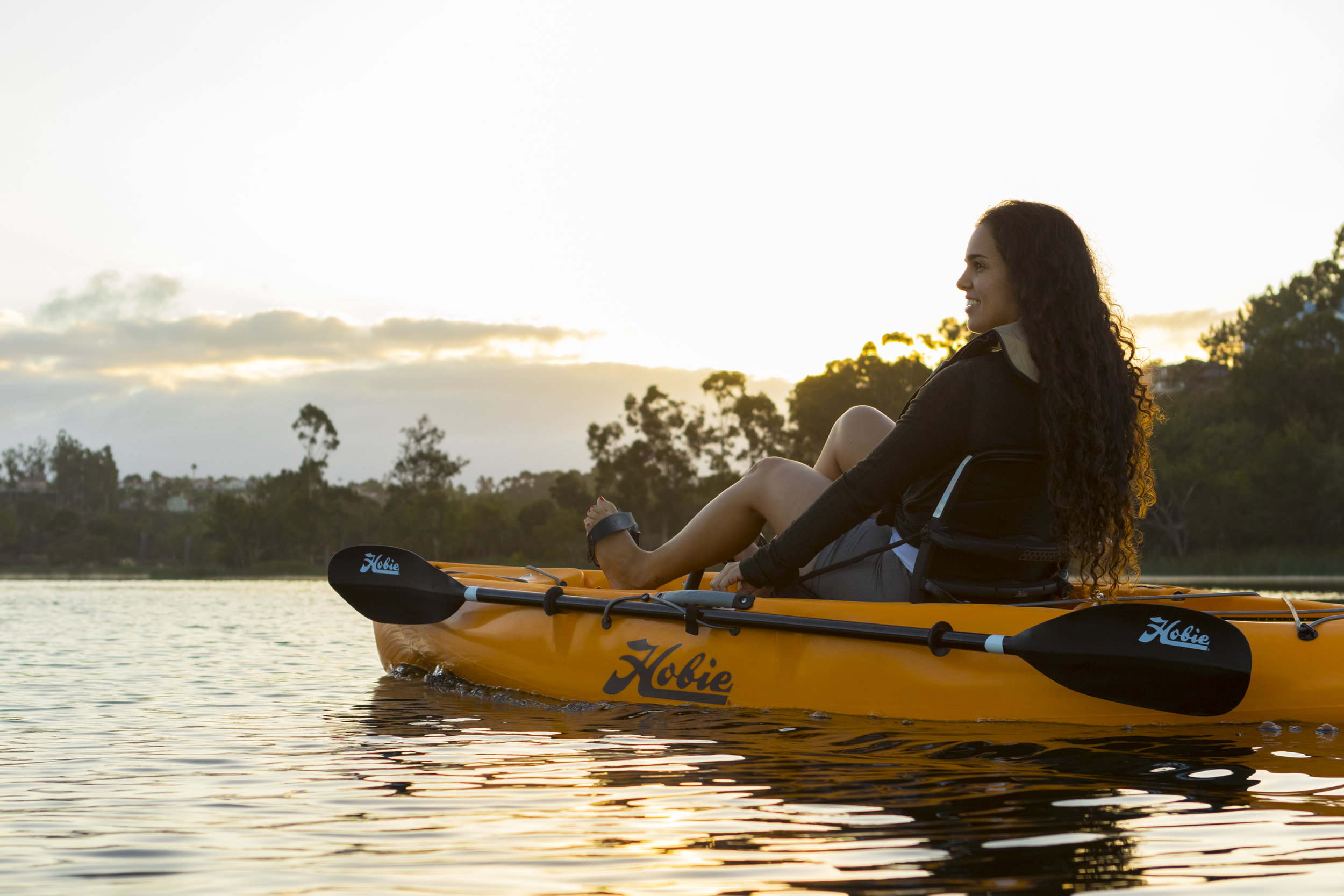 Sport_action_lake_papaya_female_longhair.jpg