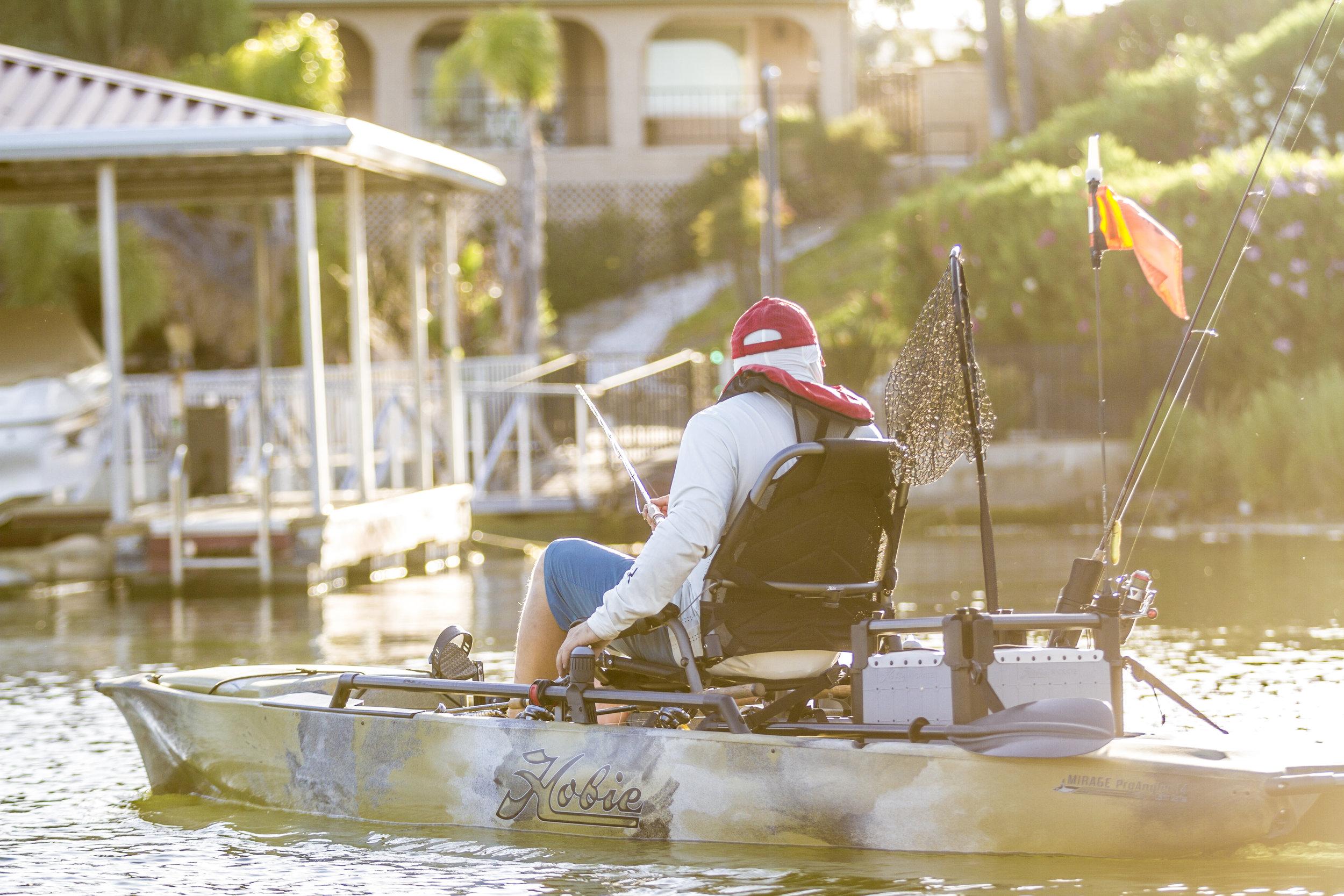 ProAngler14_fishing_camo_Shane_docks_9672_full.jpg