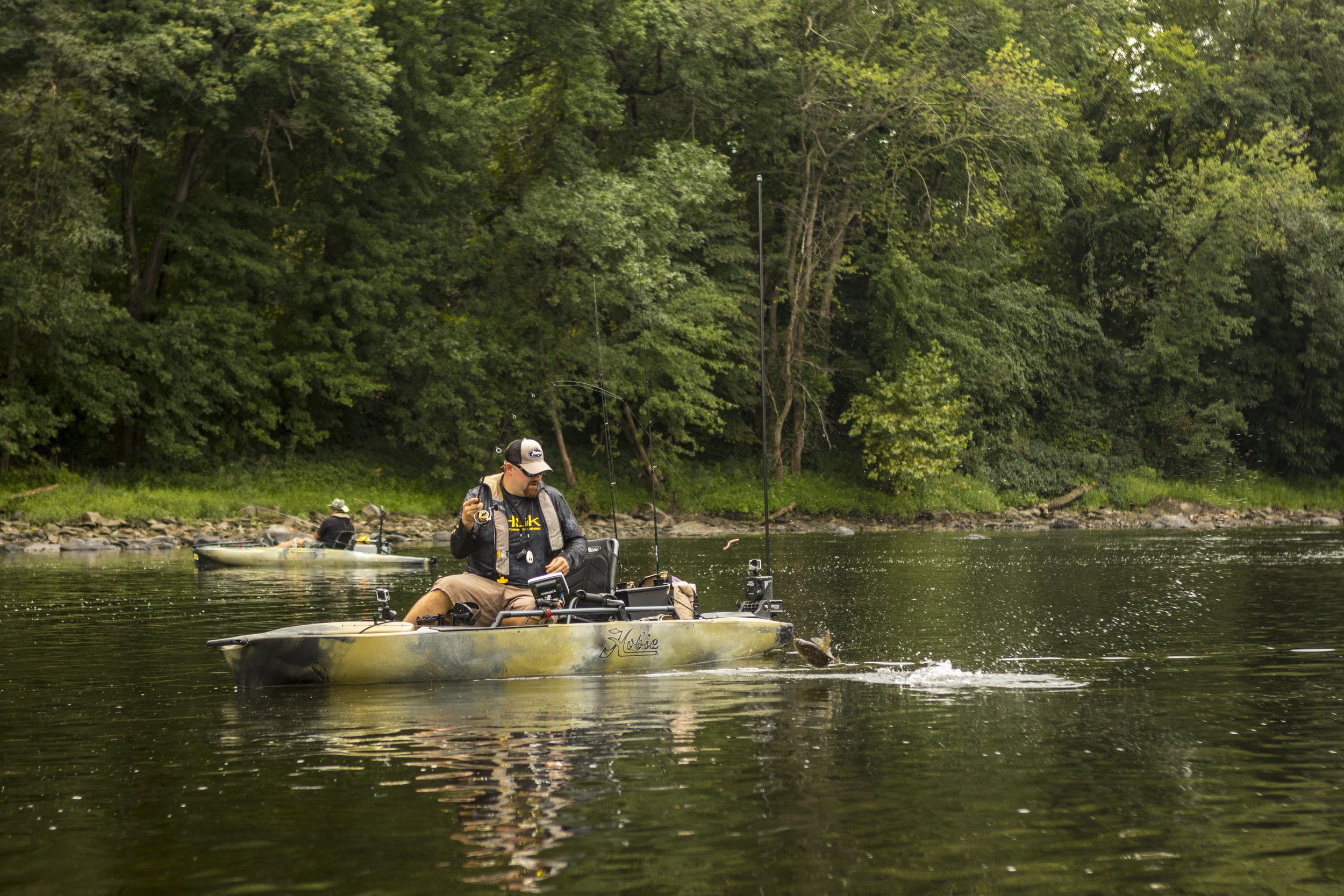 ProAngler14-action-fishing-camo-river-C2-smallmouth-5371-full.jpg