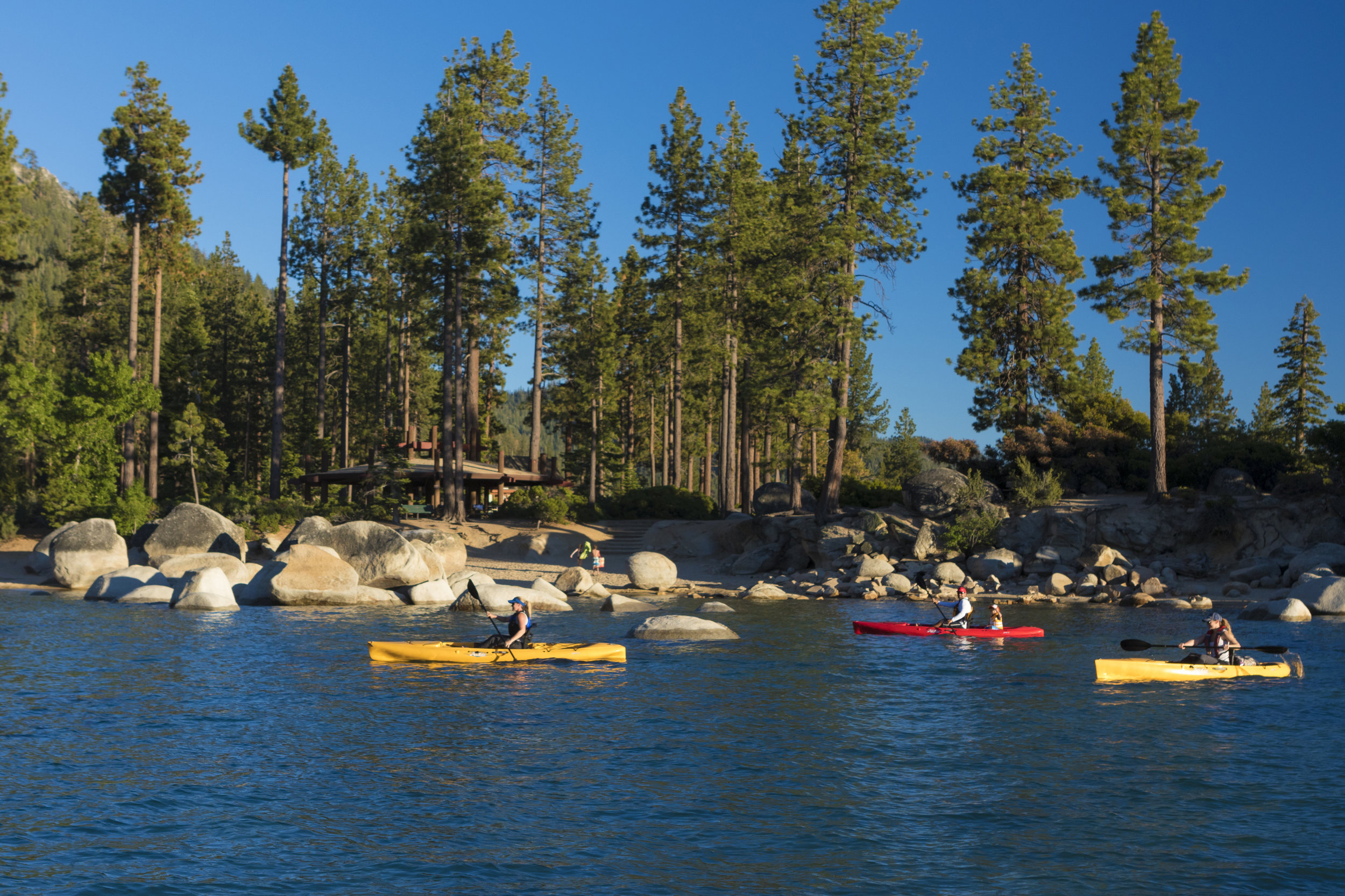 Quest_action_Tahoe_group_1484_full.jpg