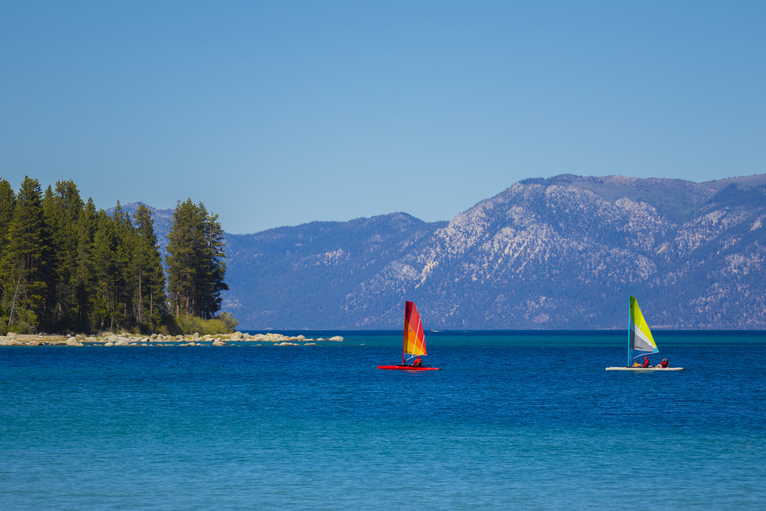 Islands_action_Tahoe_red_dune_rockyPoint_2327_full.jpg