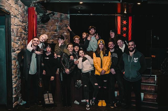 Truly amazing humans on this last tour with @boysoffallband and @neverlovedmusic 🖤 so thankful to have met all of them and met so many of our long time fans! We love you all, see you again soon 👄 📸: @camerongile